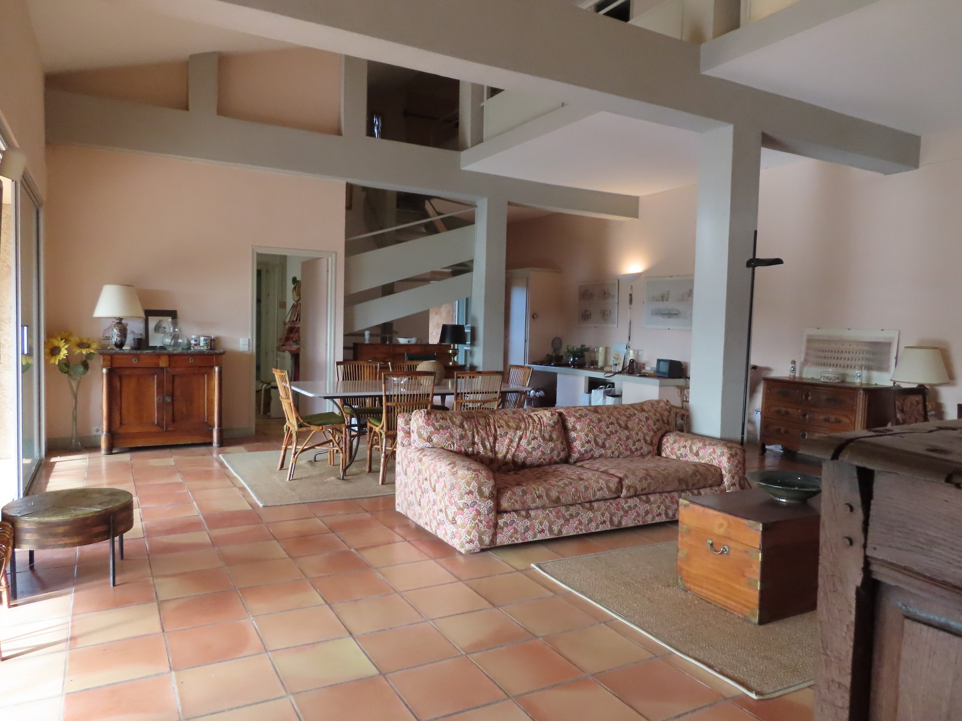 COTIGNAC  Grande propriété dans le village