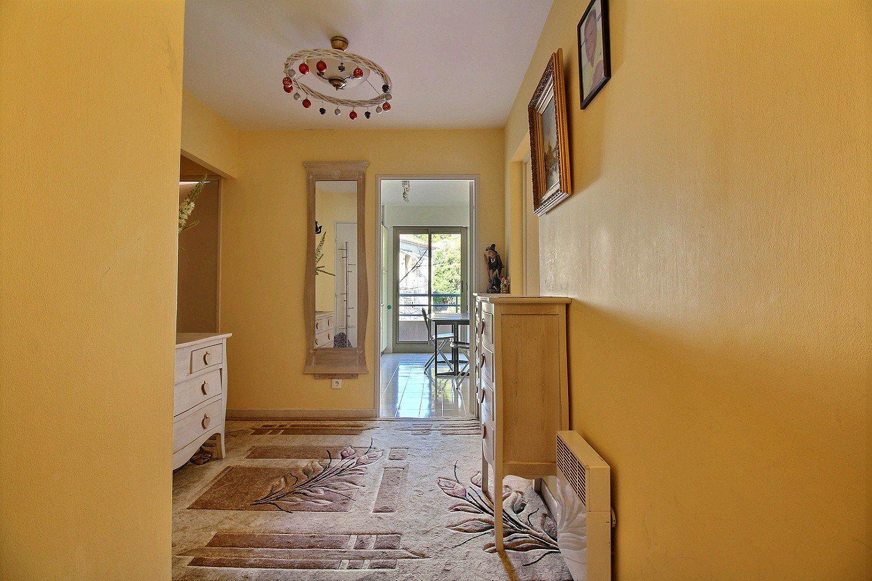 2-P appartement à 100 m de Promenade des Anglais