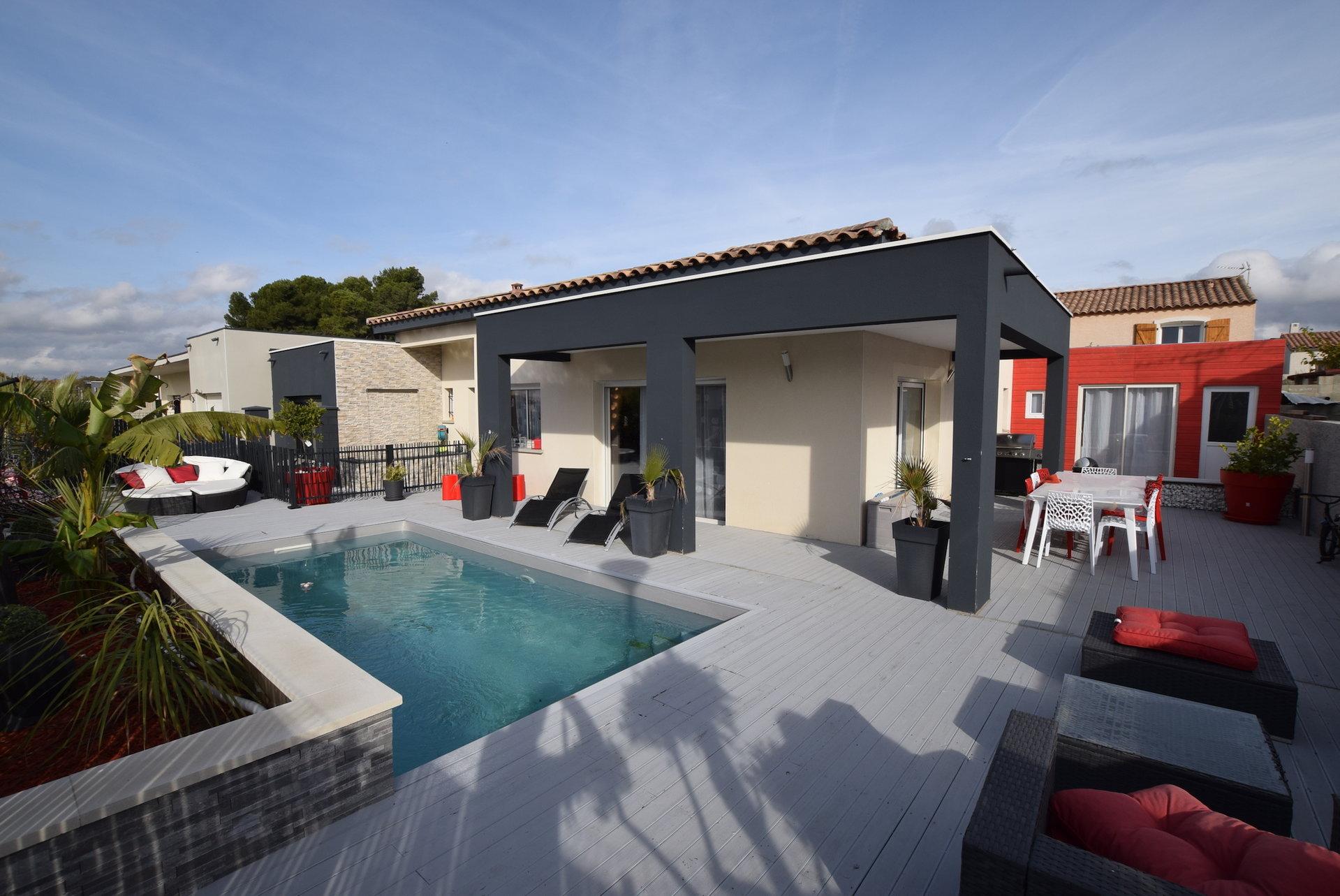 Maison de plain pied T6 + piscine