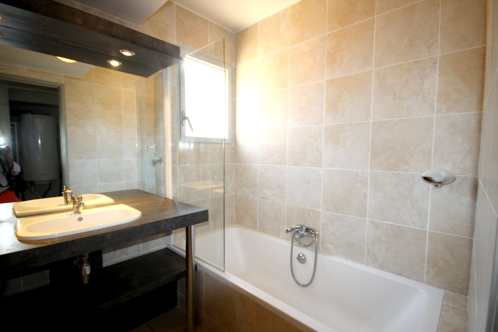 CANNES LOVELY APARTMENT 2 bedrooms for sale