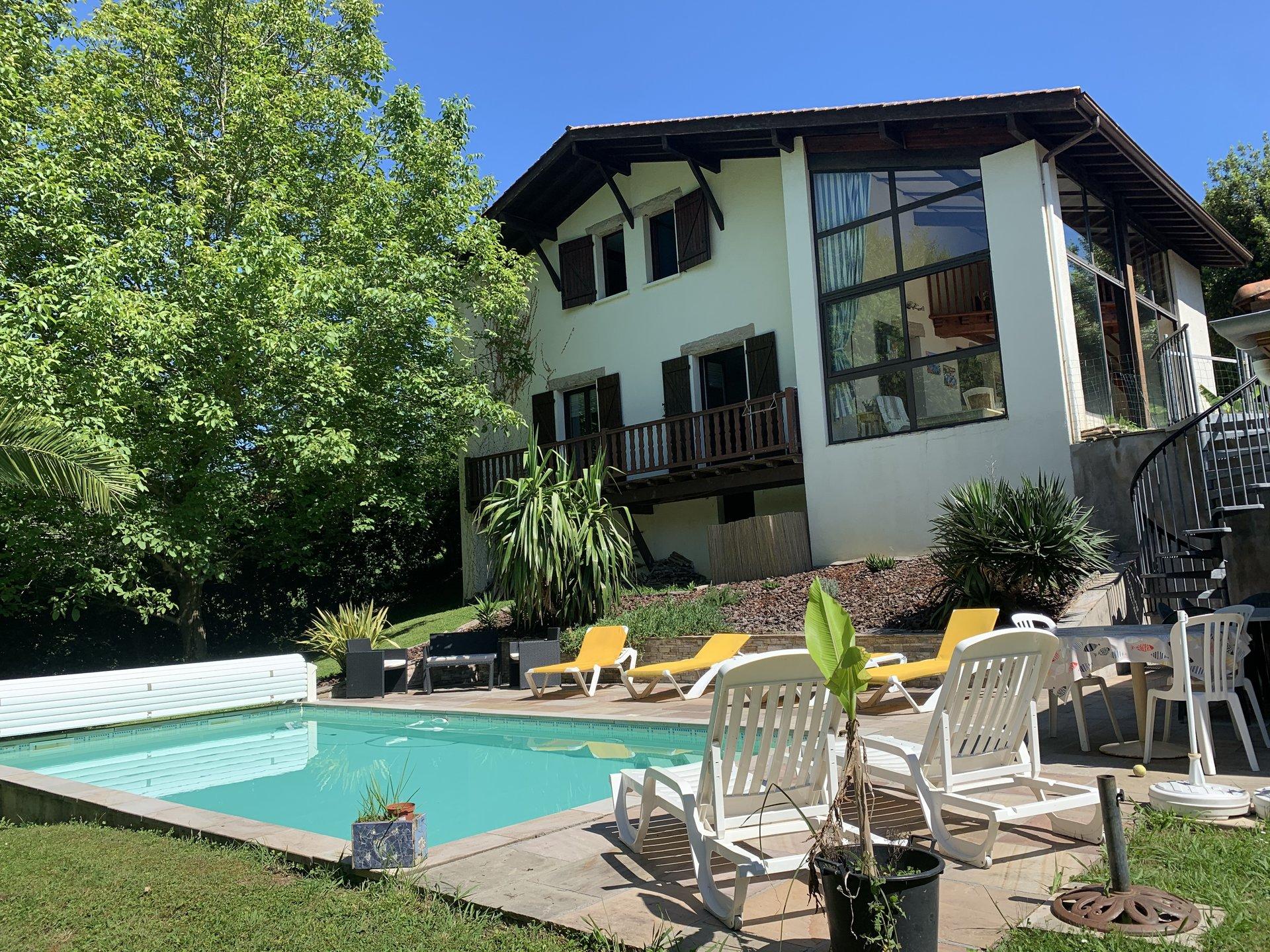 Sale House - Urrugne Olhette / Helboure