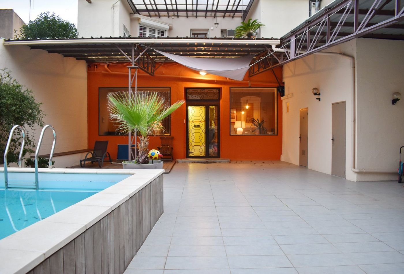Townhouse med pool i Béziers