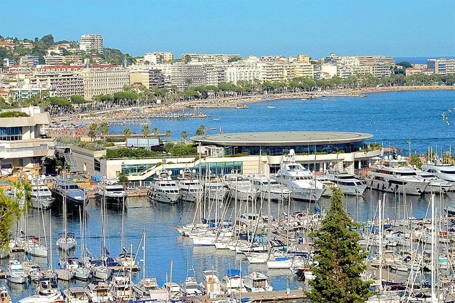 CANNES CENTER FOR SALE APARTMENT NEAR BEACHES