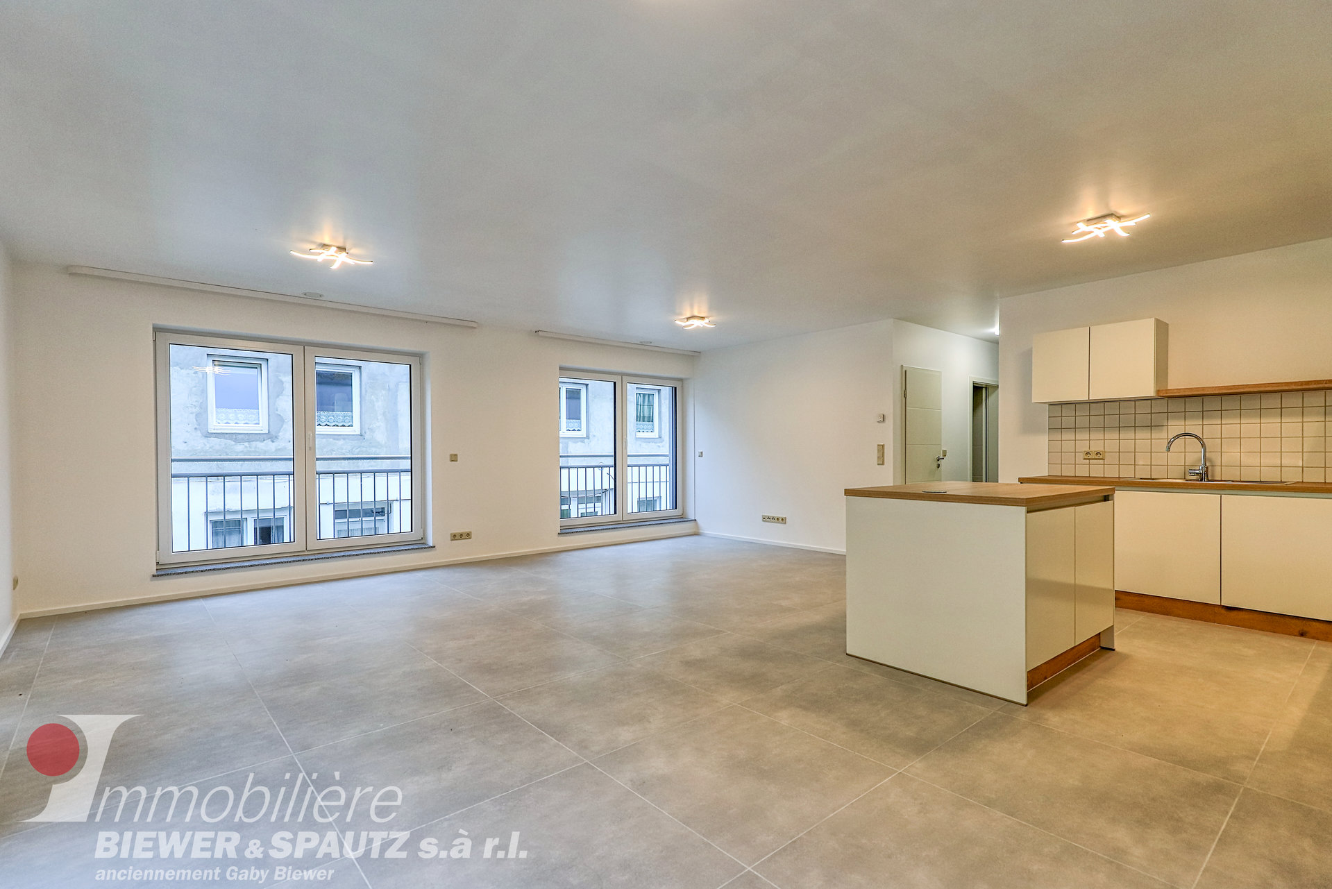 ZU VERMIETEN - Neue Wohnung mit 2 Schlafzimmern in Blumenthal