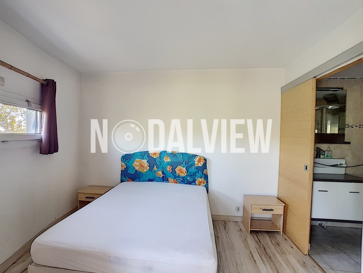 Rare! 2 rooms furnished of 50sqm with parking in a secure residence with swimming pool