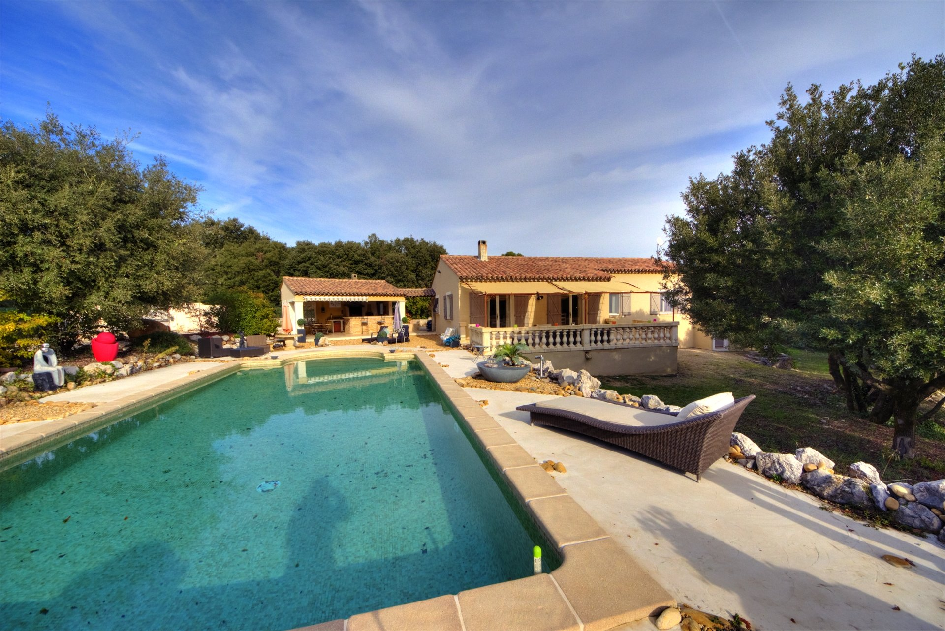 Ampus, near draguignan, House with independent studio, pool Var Provence