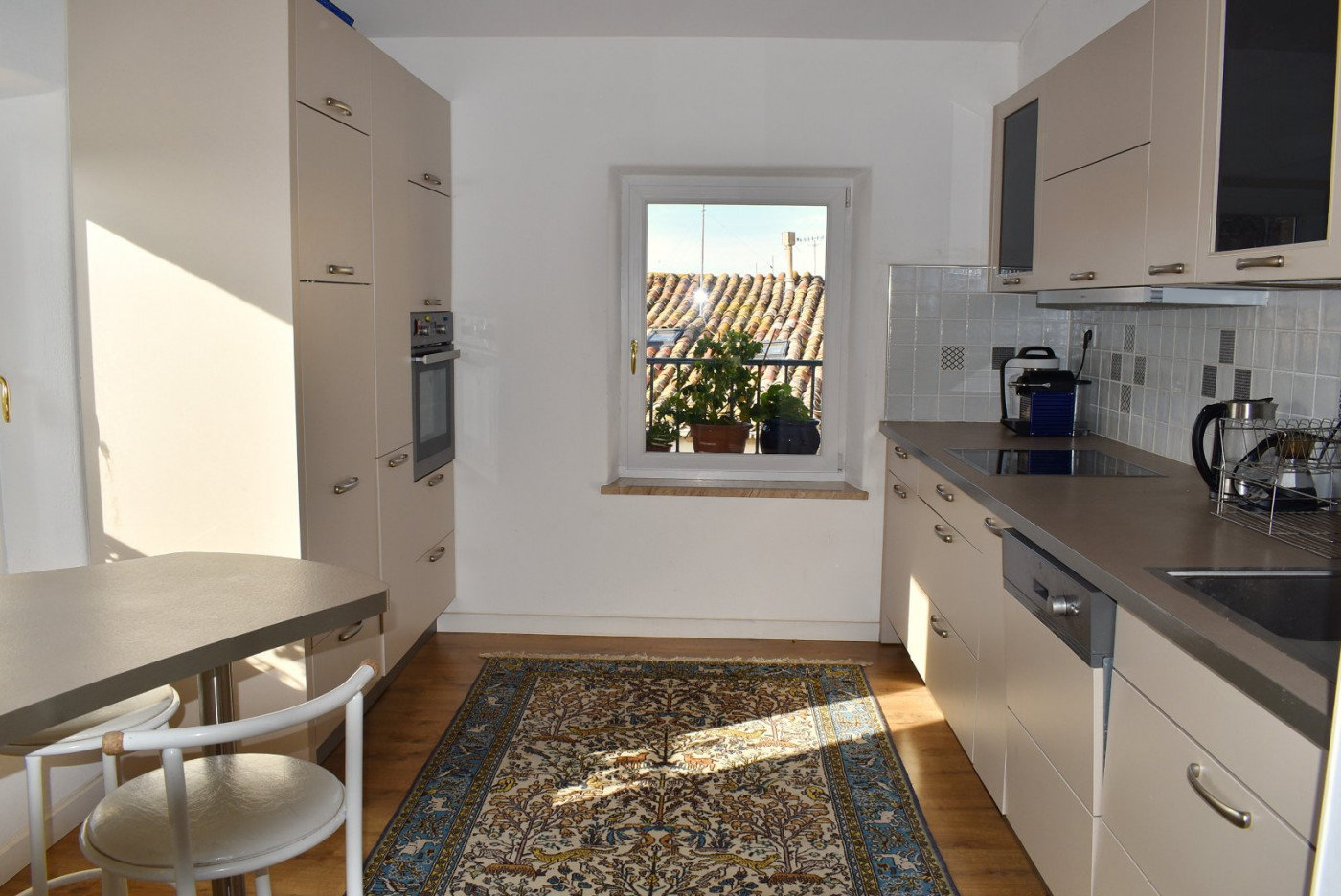 Apartment 20 min from the sea