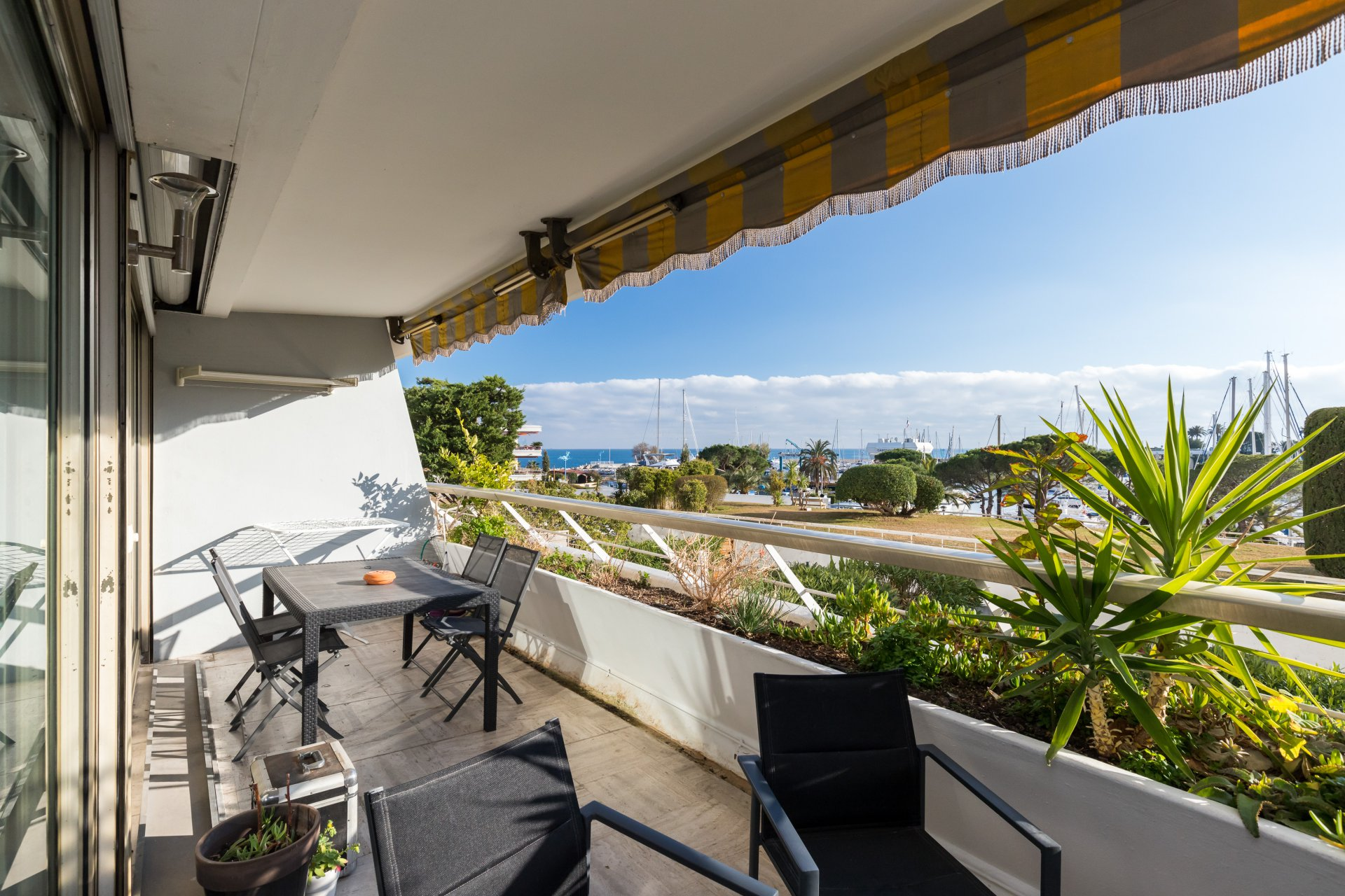 Villeneuve Loubet / Baie des Anges Marina - One  Bedrooms