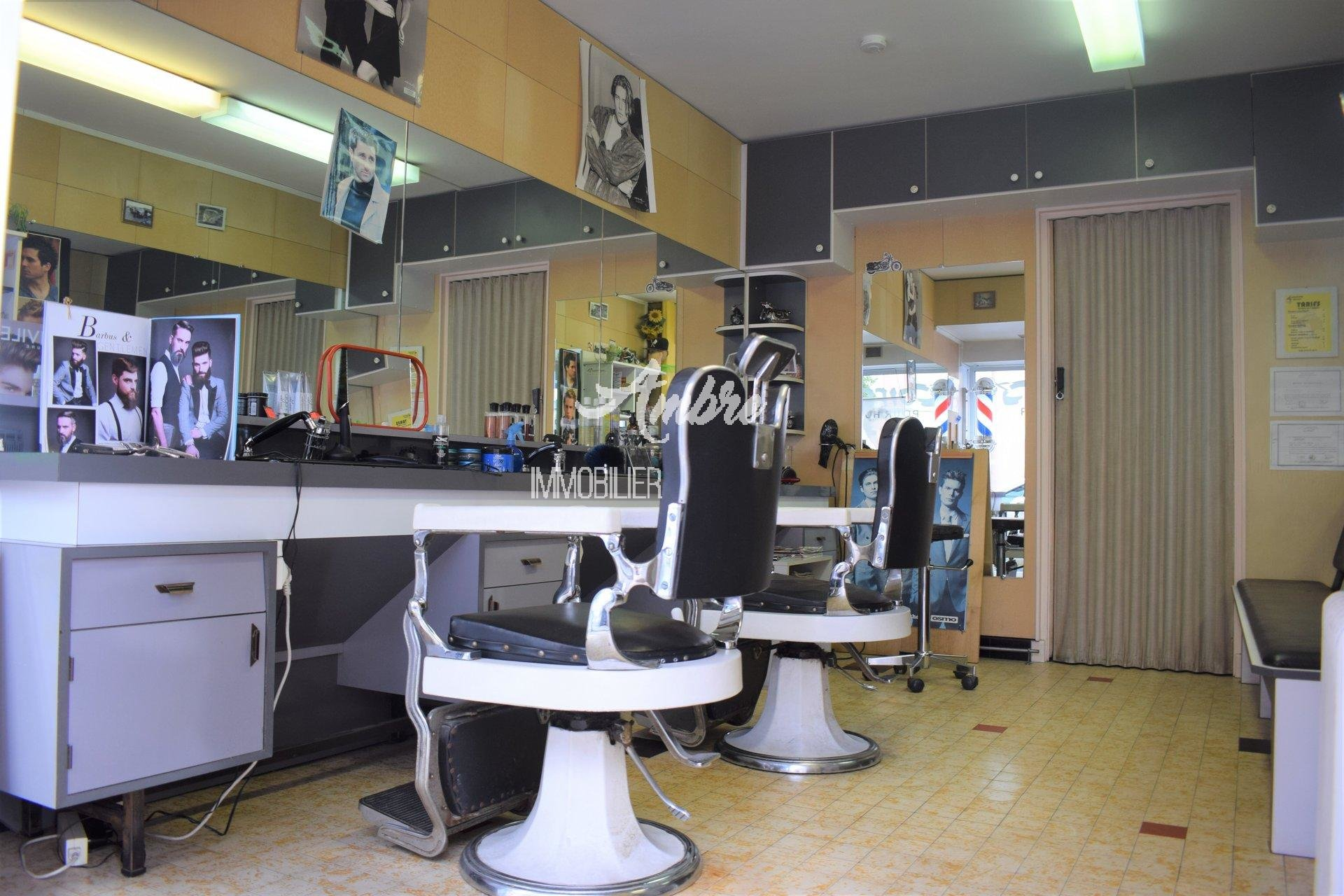 VALENCE COIFFURE HOMMES 16 m²