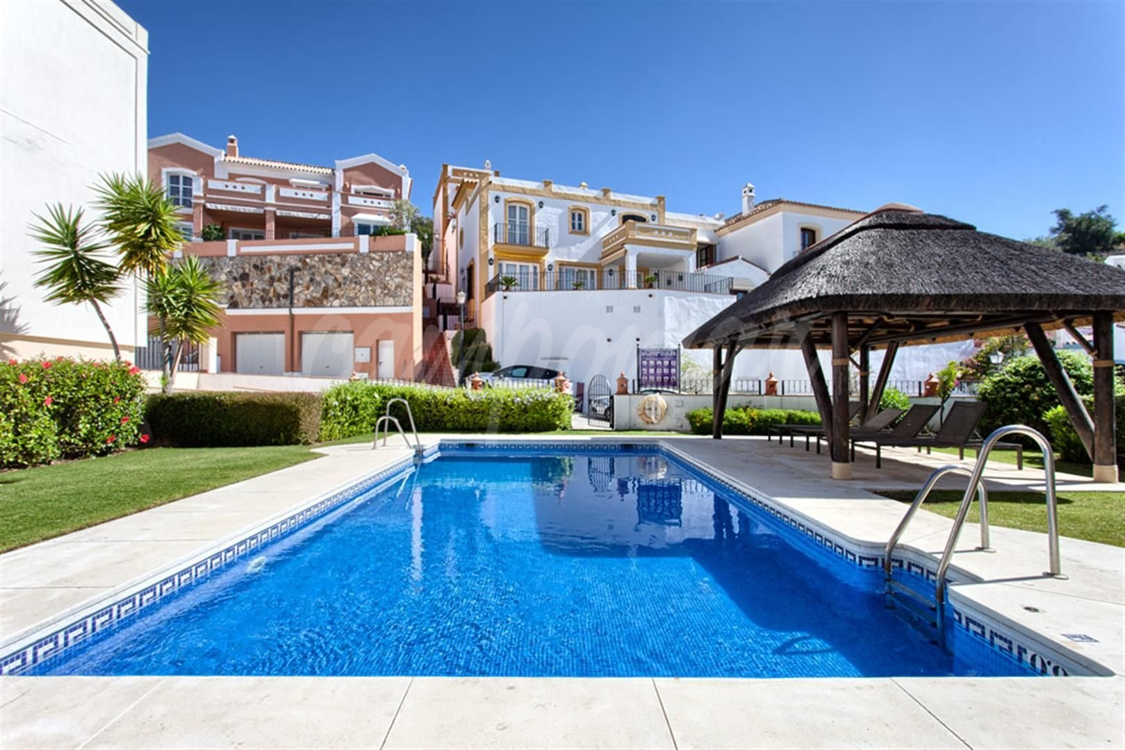 Townhouse in fantastic urbanisation in Benahavis