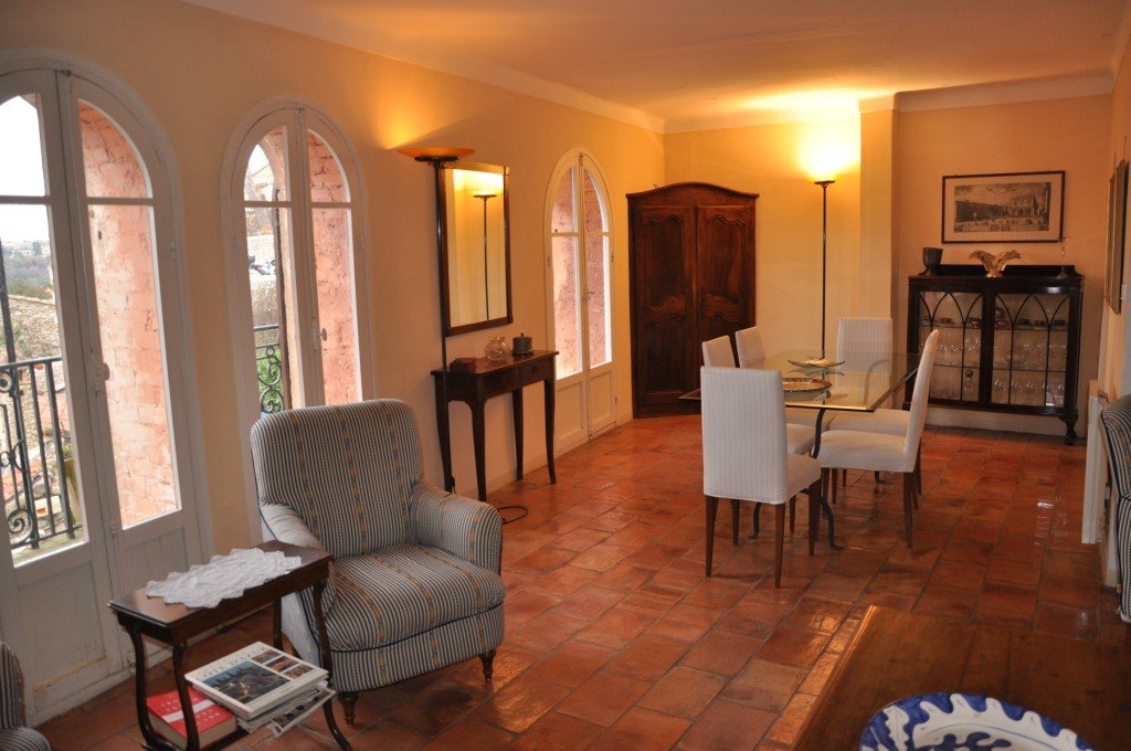 Beautiful 2 bedroom apartment with great views, Cagnes sur mer