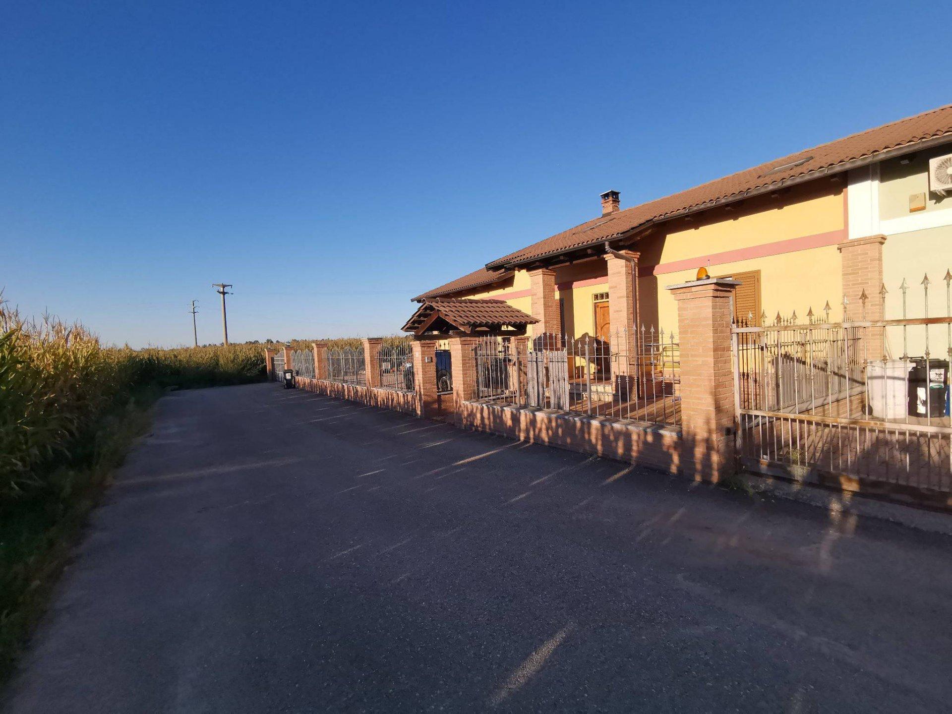 Villa vicinanze di carmagnola