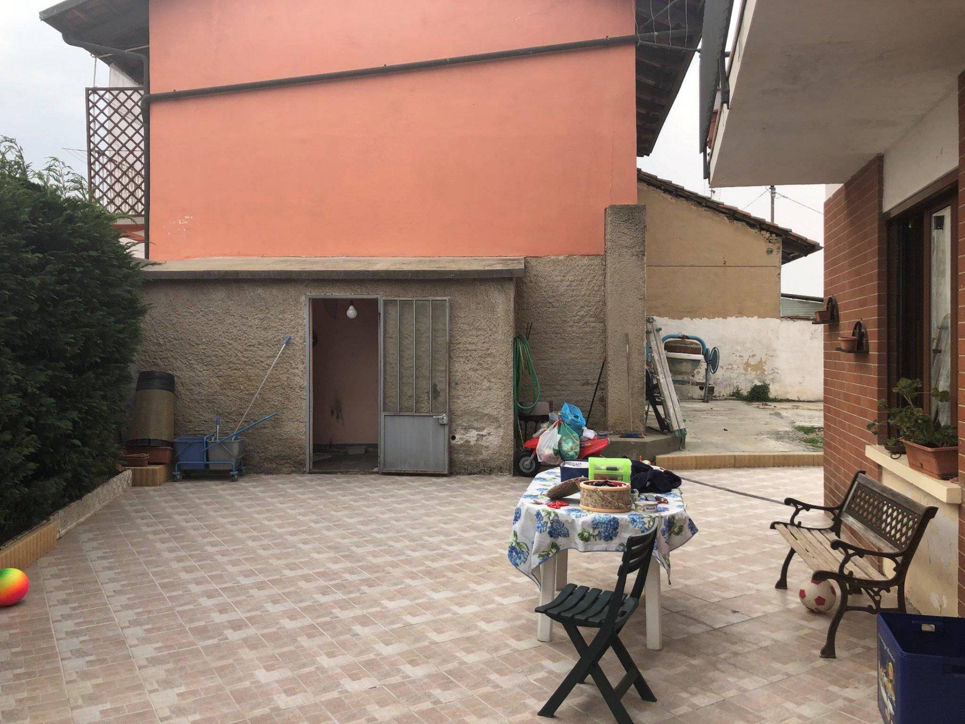 Casa in centro con cortile privato