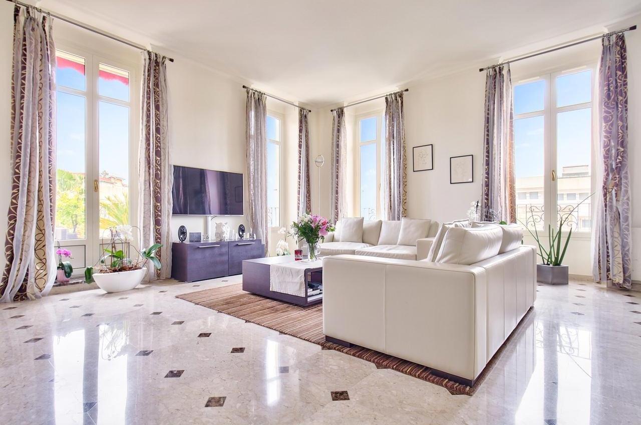 SALE Apartment 4 Rooms 122m² Nice Cimiez Top Floor Terraces Garage