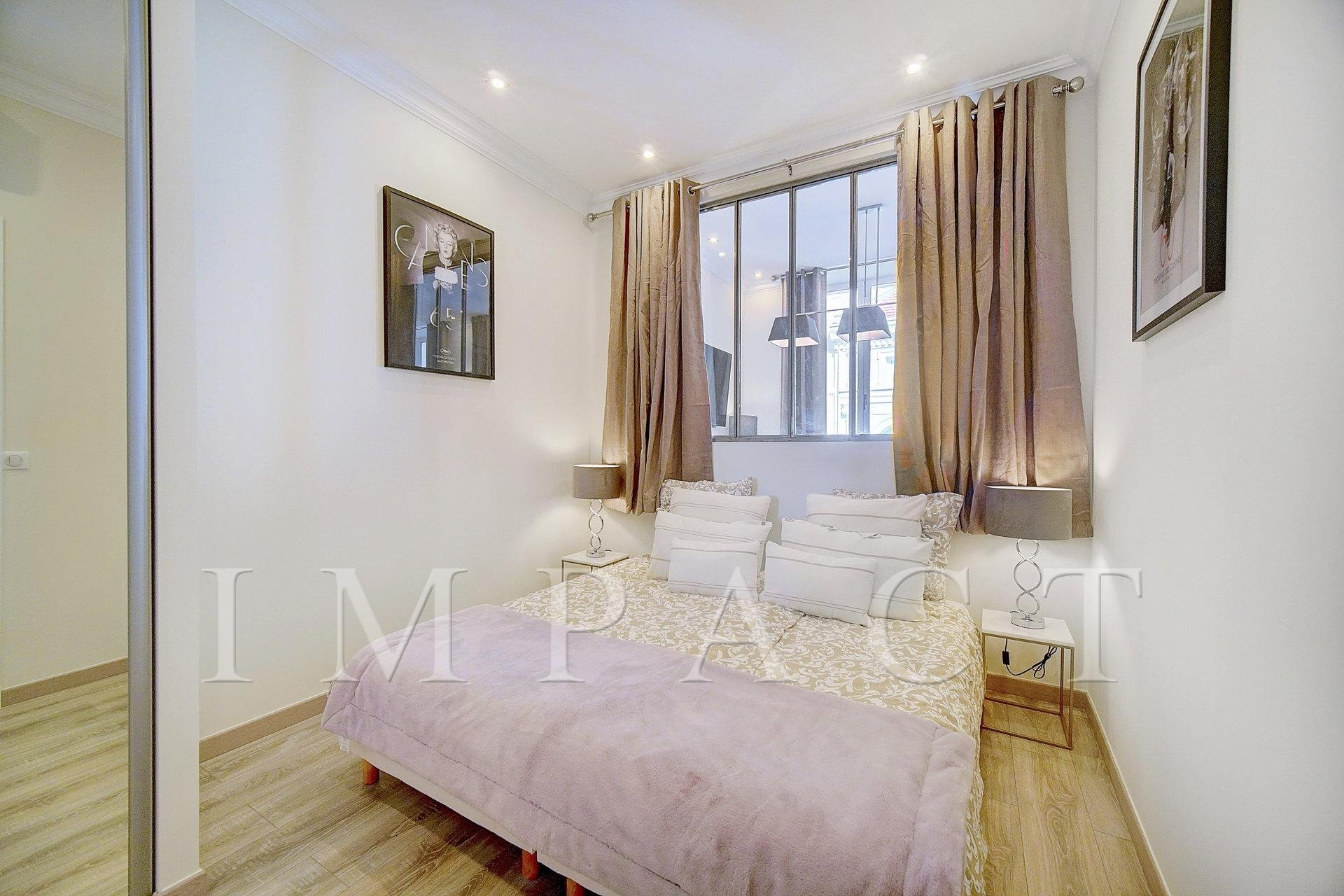 Nice 4 bedroom apartment renovated to rent 2 min from the palais of festival - Center Cannes