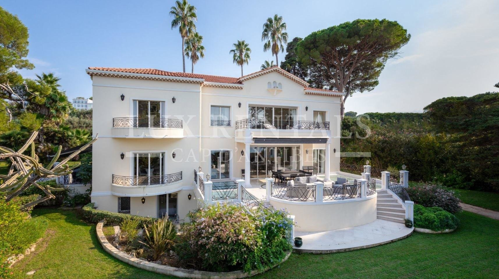 Property 11 rooms Antibes