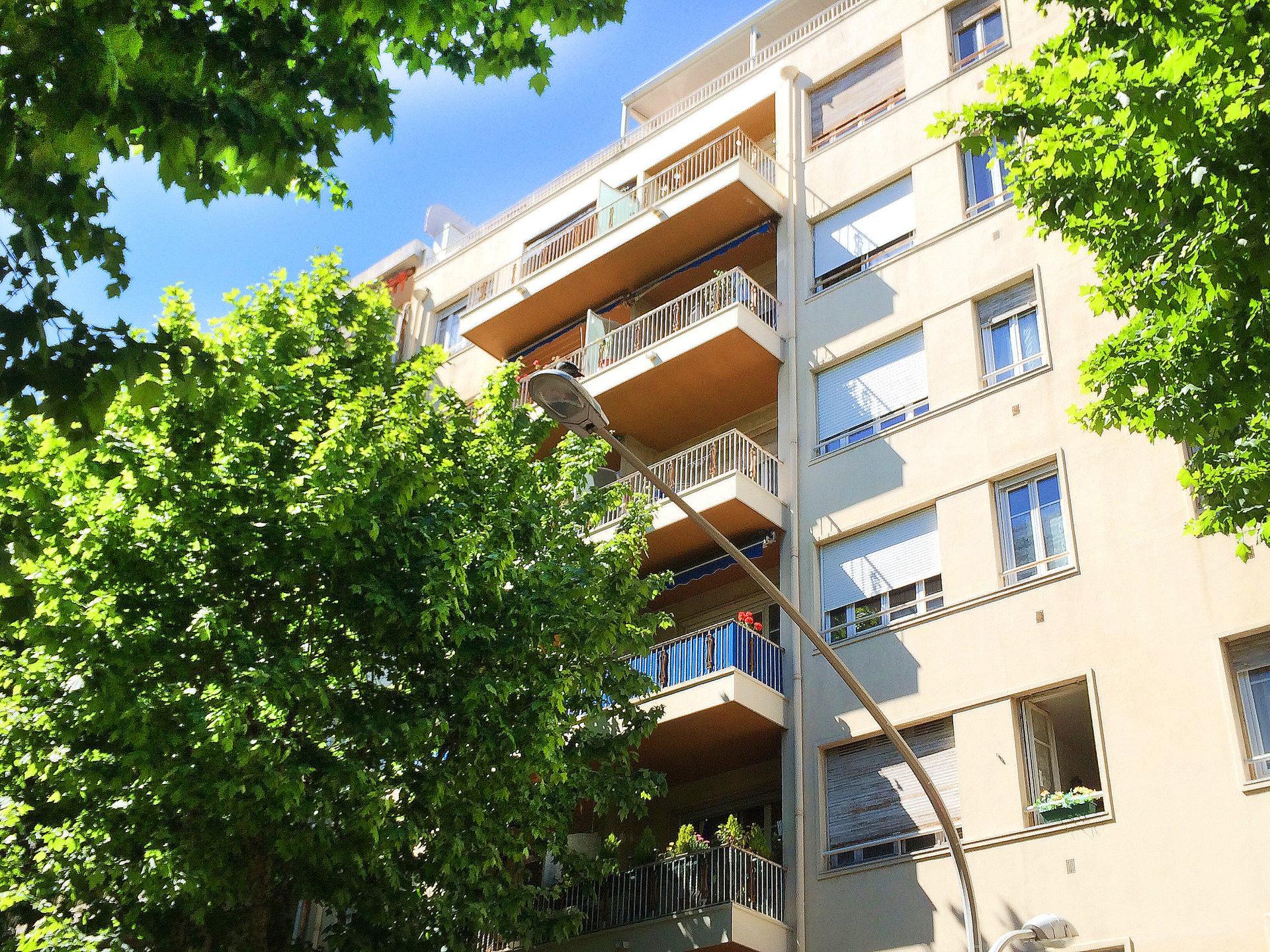 LIBERATION Studio Balcon 510 € cc