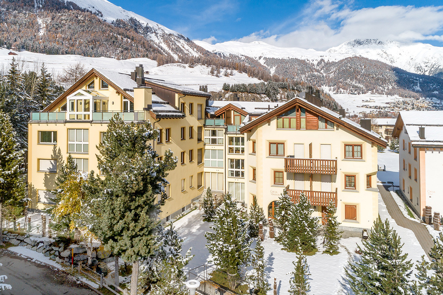 Apartment for sale in Celerina, Switzerland Alps - land