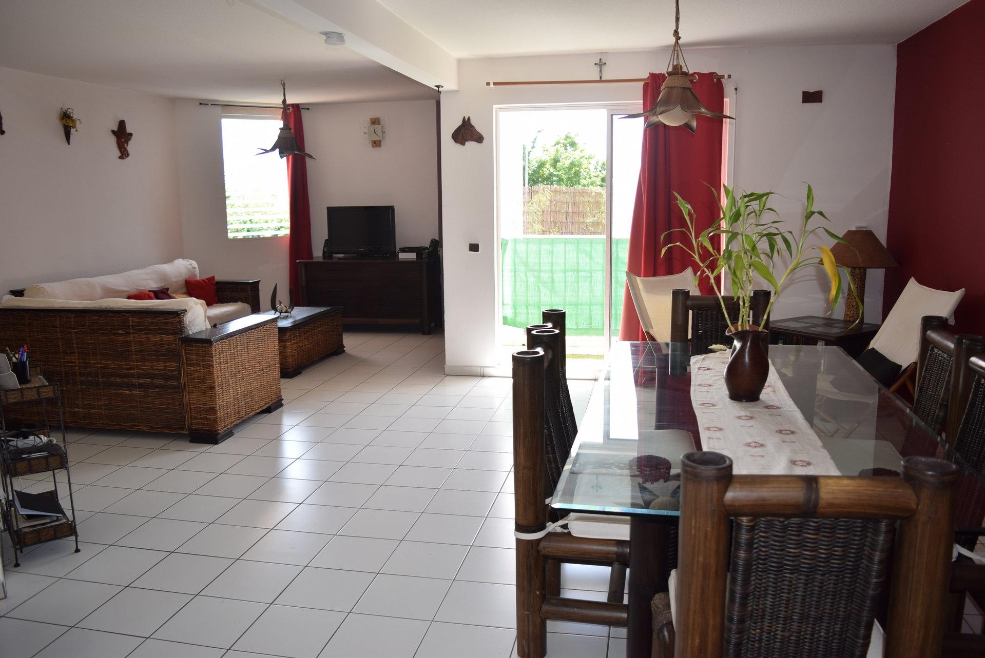 Loue Appt F4 meublé, Sainte-Luce 97228