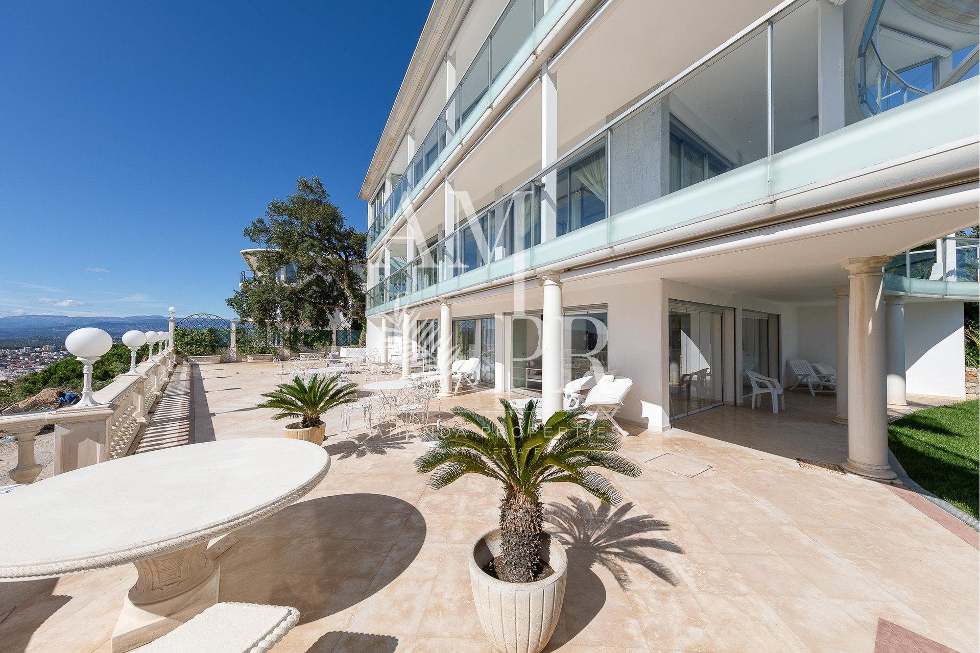 Mansion Cannes