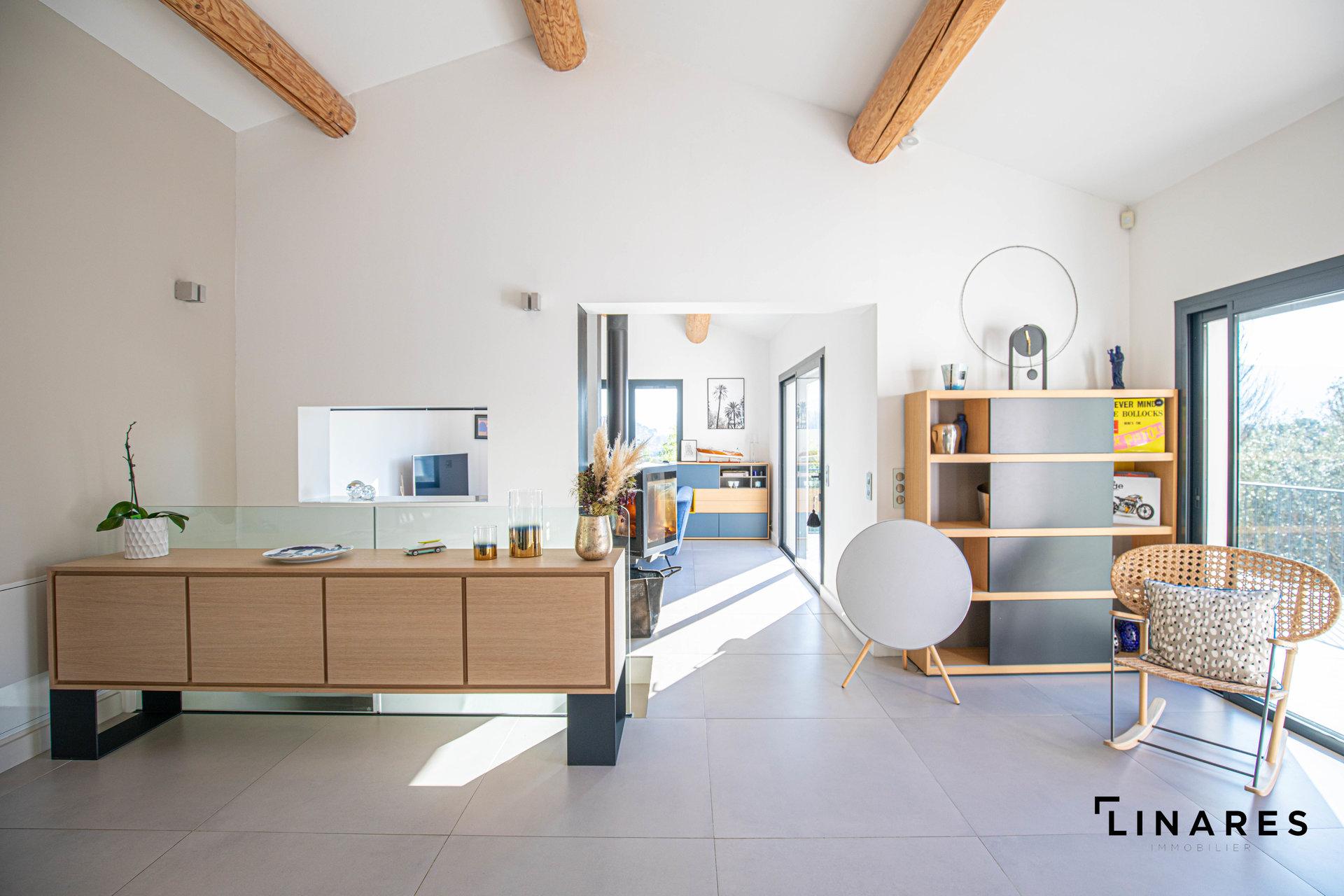 Sale House - Marseille 12ème Les Trois-Lucs