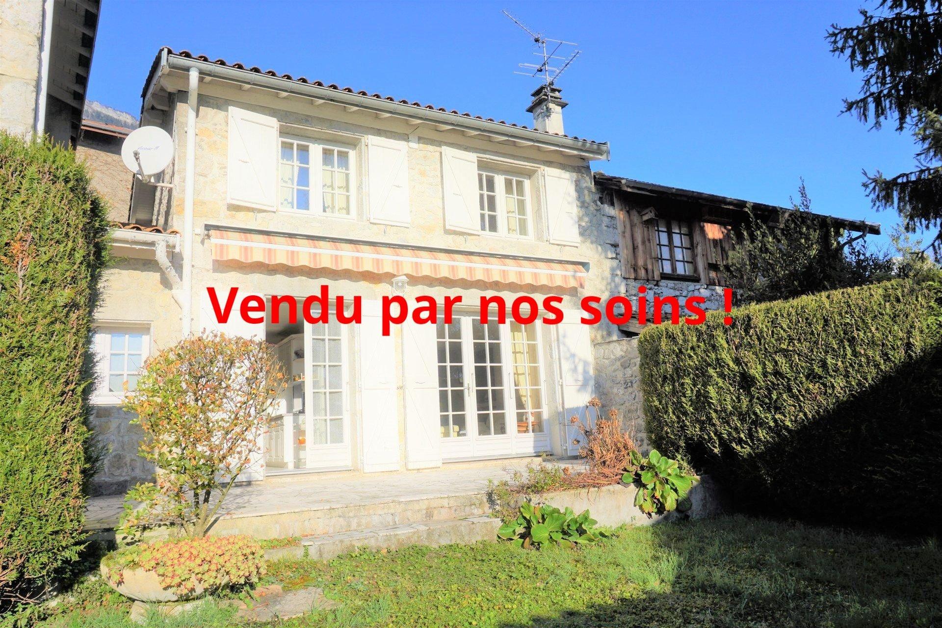 Délicieuse maison en pierre cosy et lumineuse à Biviers !