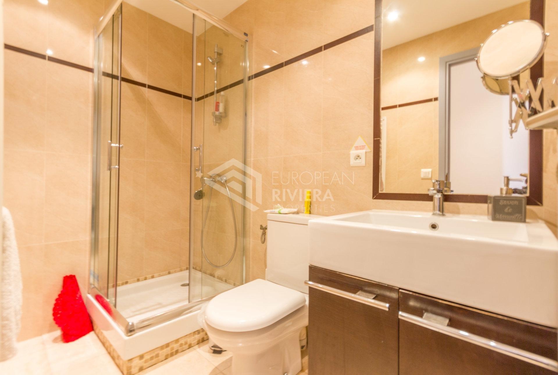 Affitto Appartamento - Nizza (Nice) Rue de France