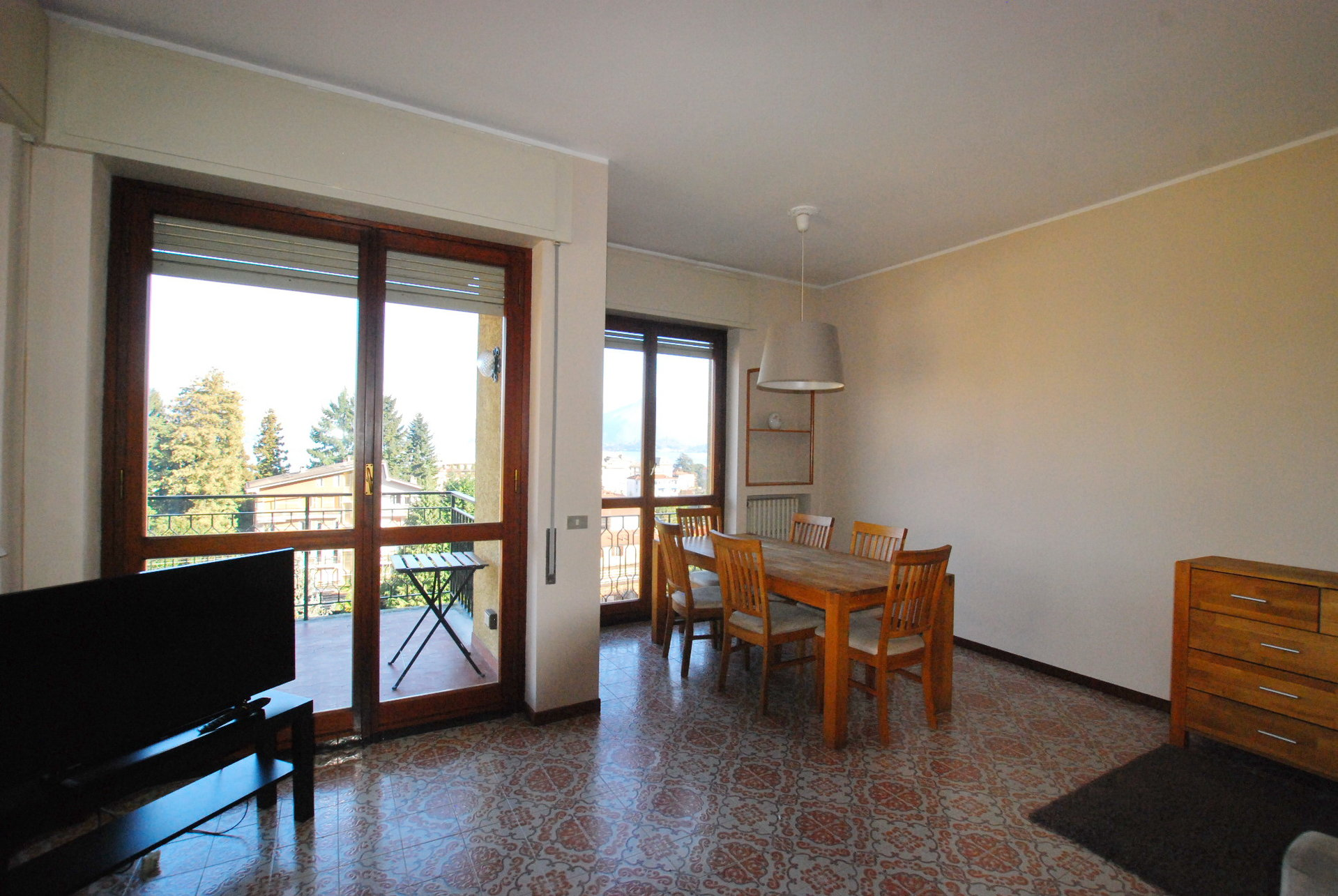 Apartment for rent in the center of Stresa