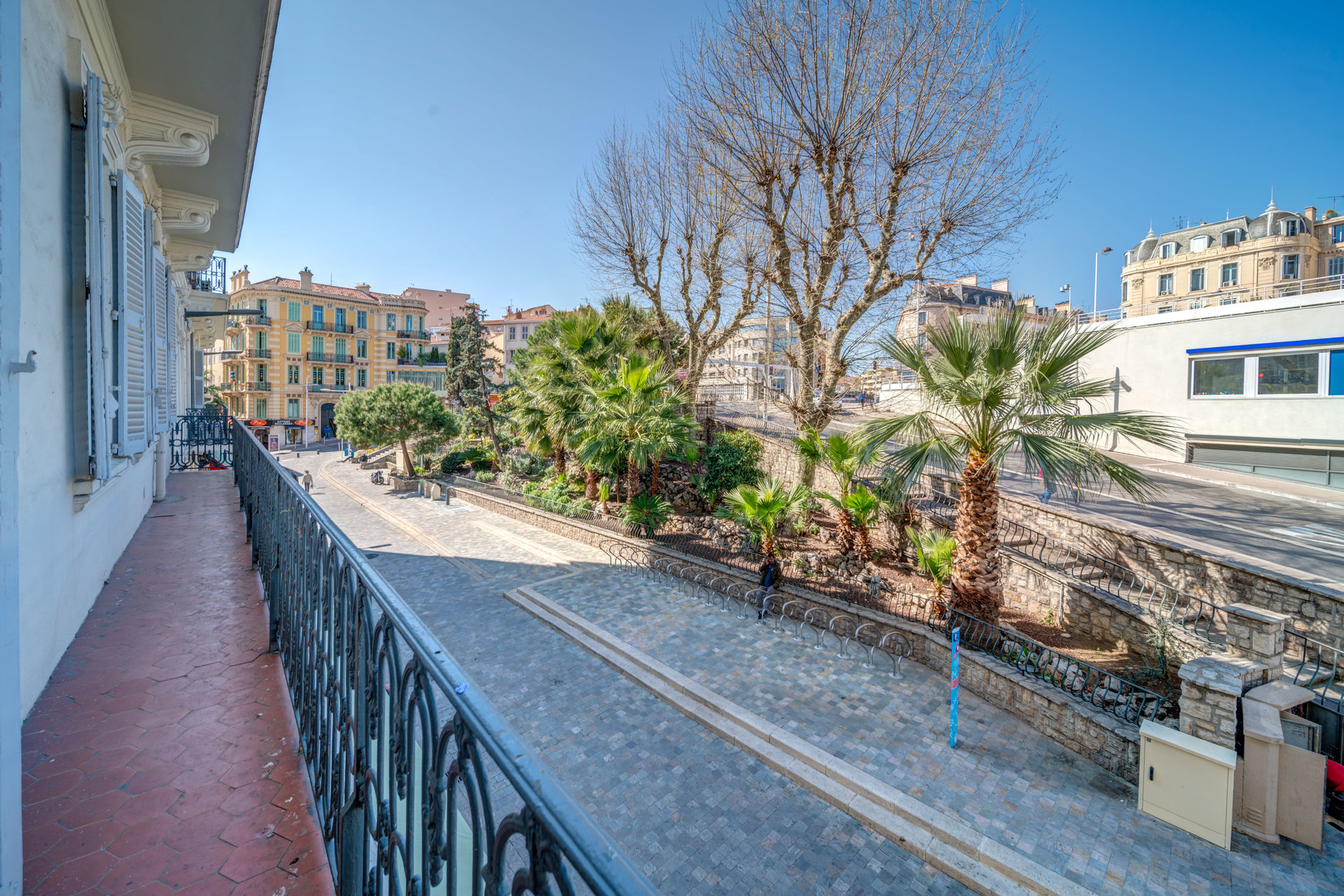 congress and holiday rental apartment 4 bedroom Cannes