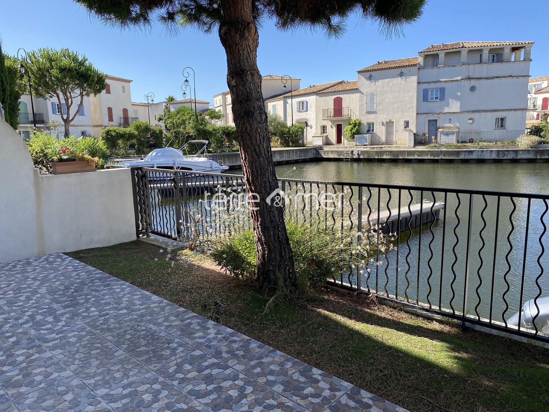 Marina P5 dans résidence avec piscine