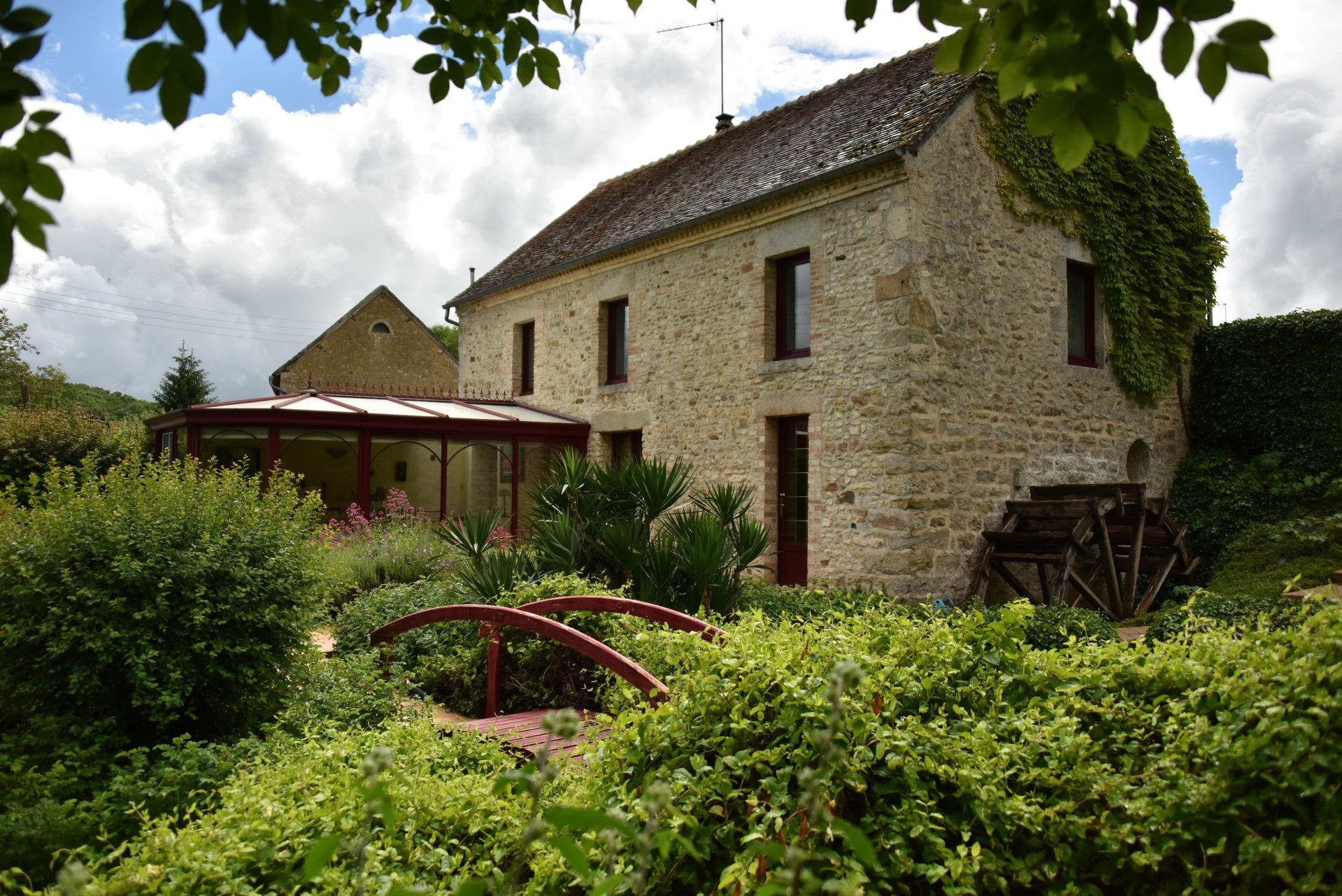 Ancien moulin restauré à quelques minutes d'Alençon