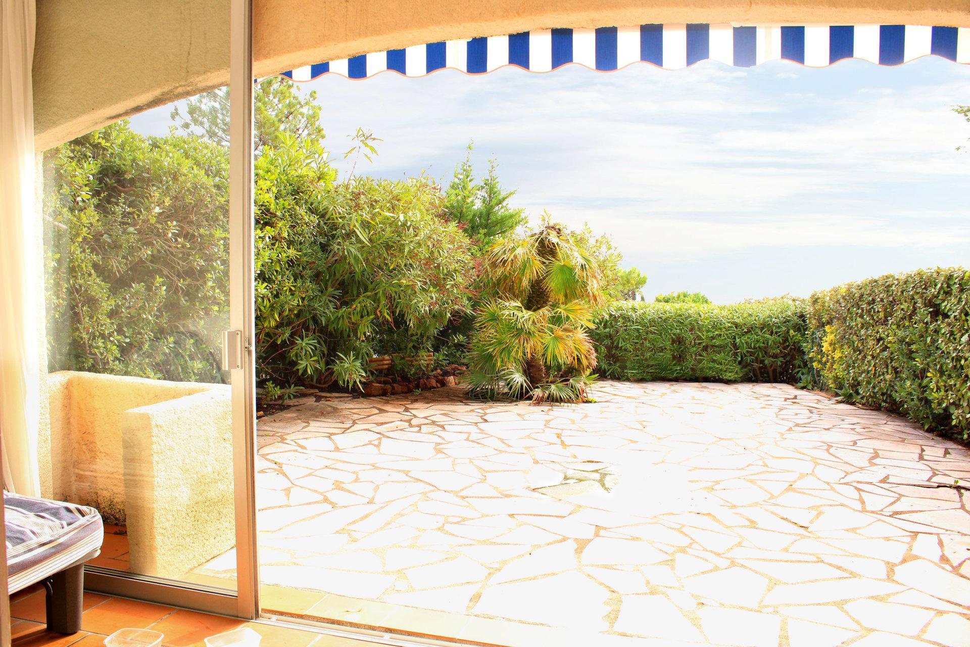 Agréable studio en rez-de jardin