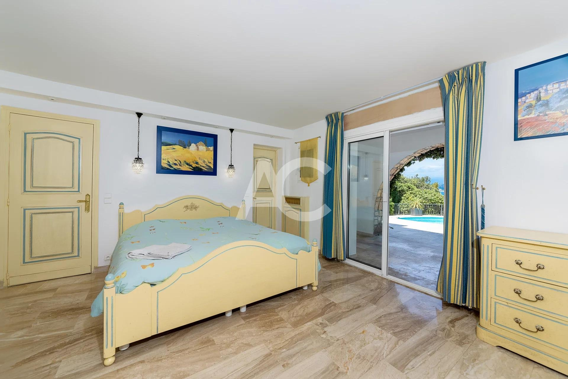 Belle villa moderne avec vue mer panoramique - Cap d'Antibes