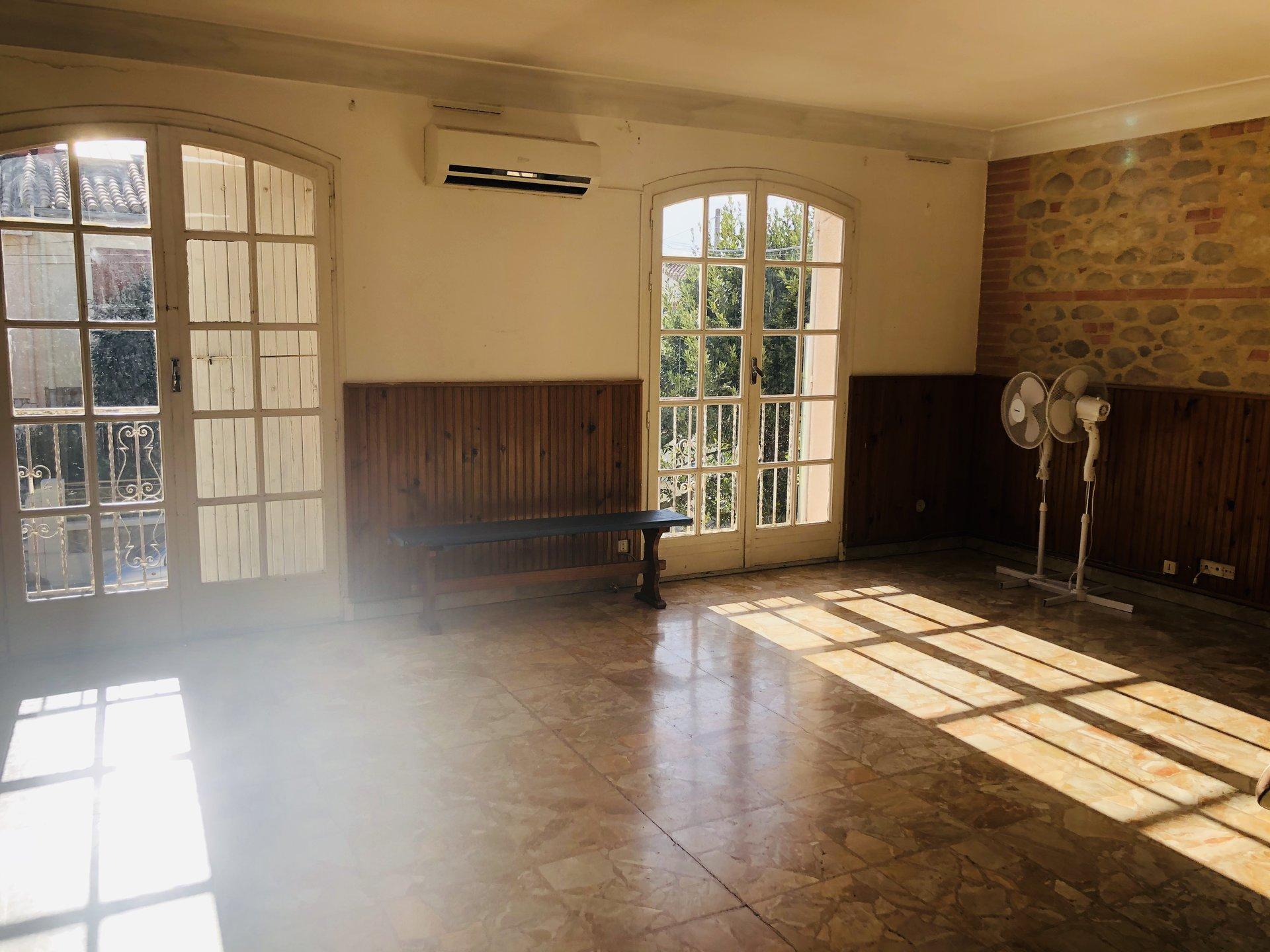 PERPIGNAN VERNET, maison de ville 2 appartement 3 faces avec garage