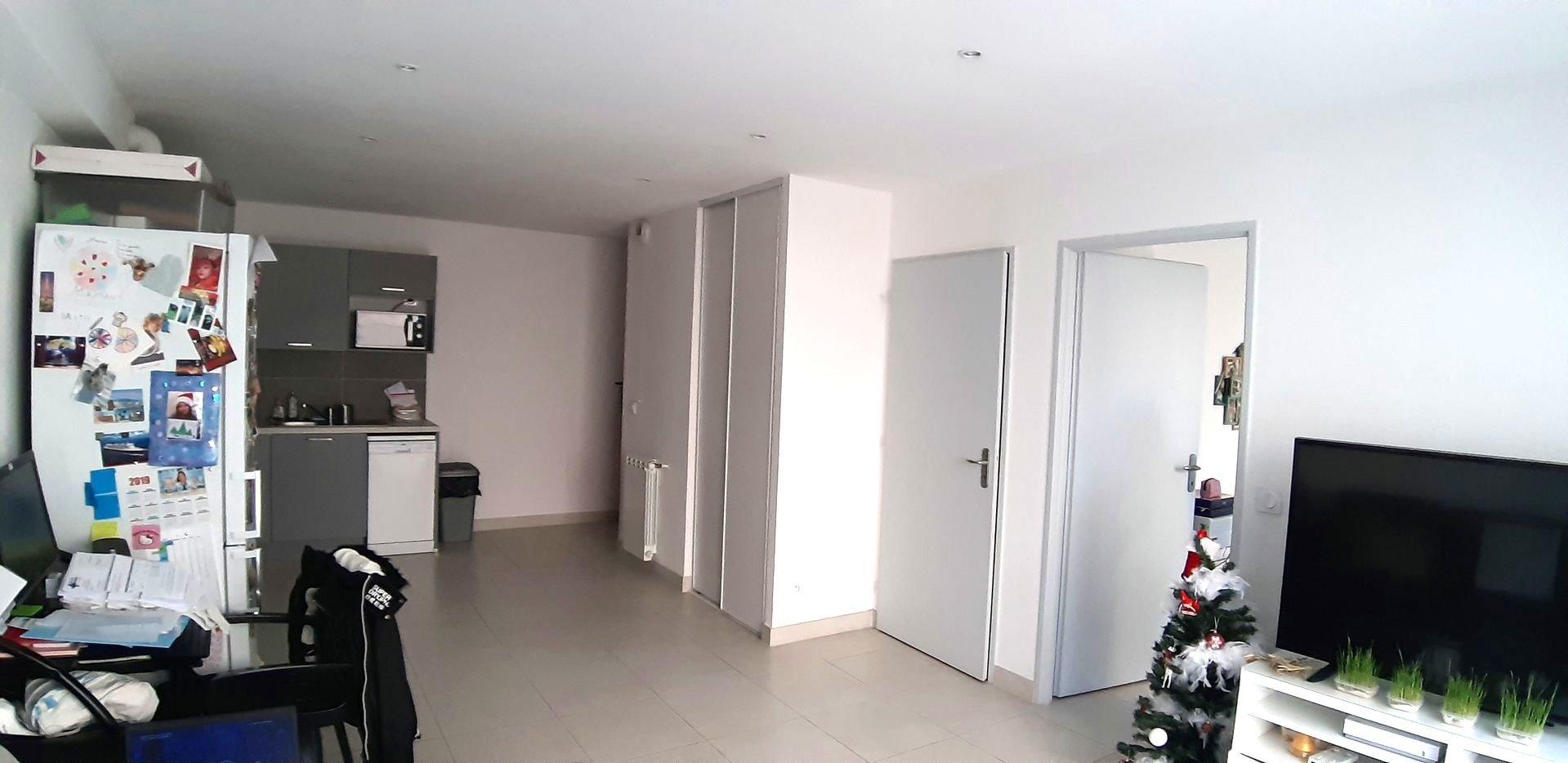 Appartement 2 pièces en rez de jardin et garage