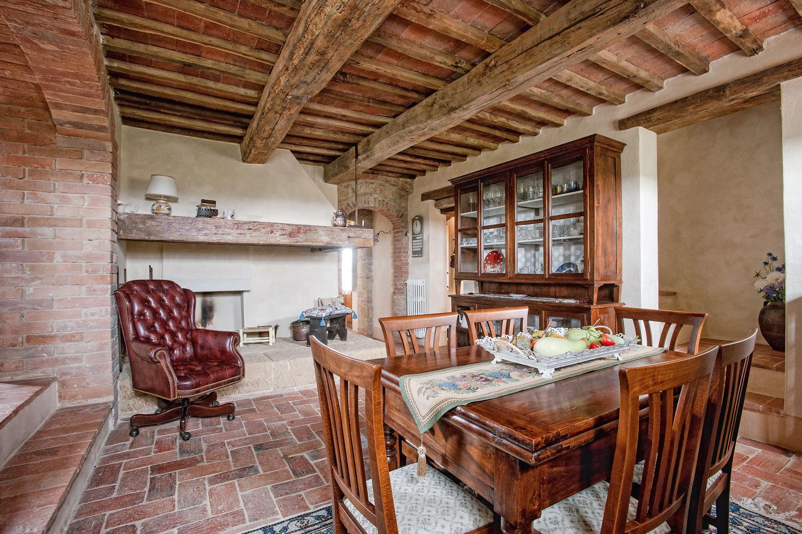 Sale Mansion - Pienza - Italy