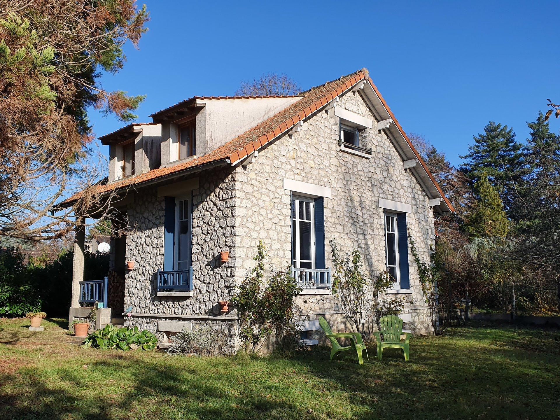 Montigny sur Loing : Maison 4 pièces 90 m2