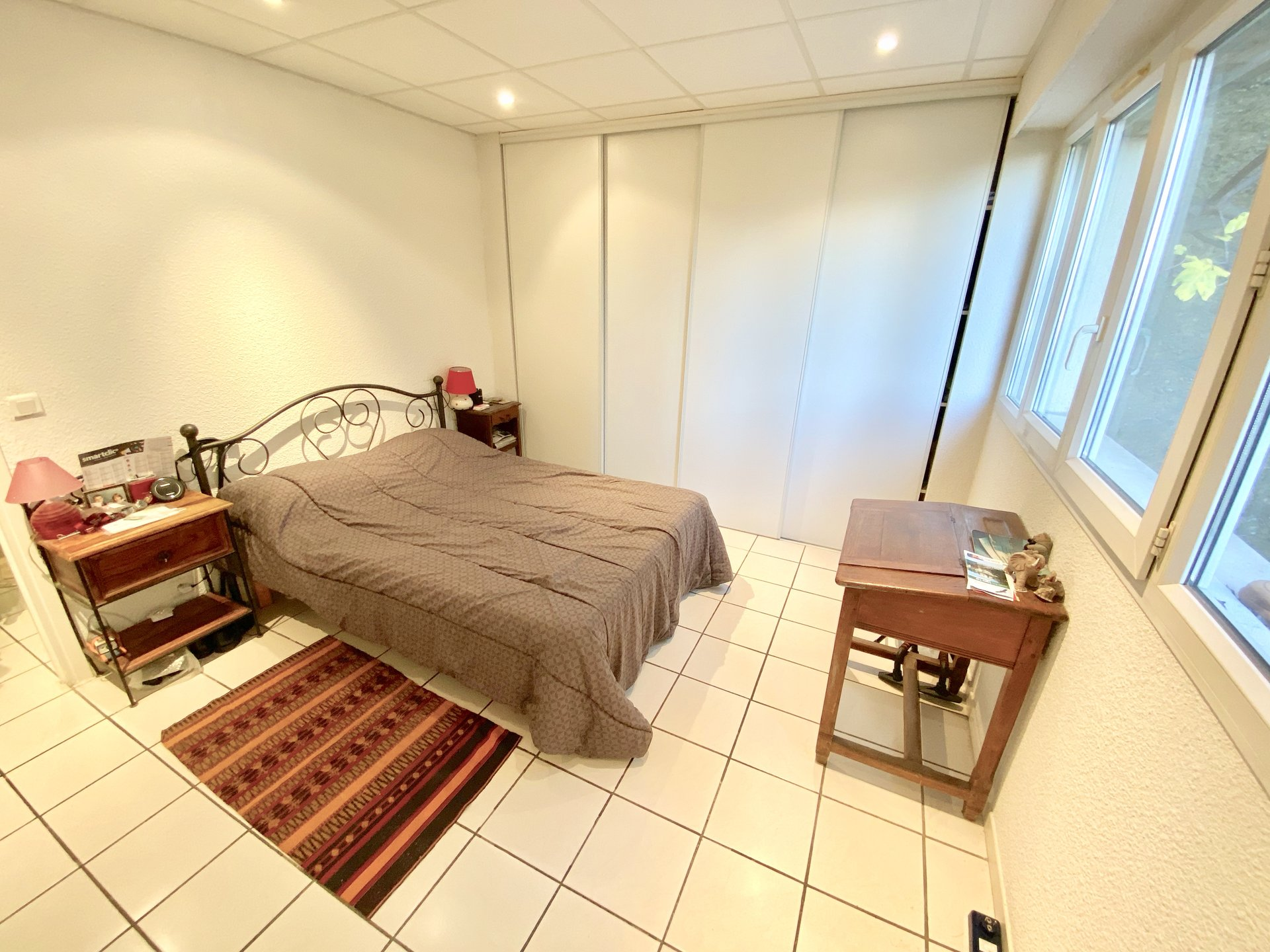 Sale Apartment - Saint-Laurent-du-Var Les Pugets