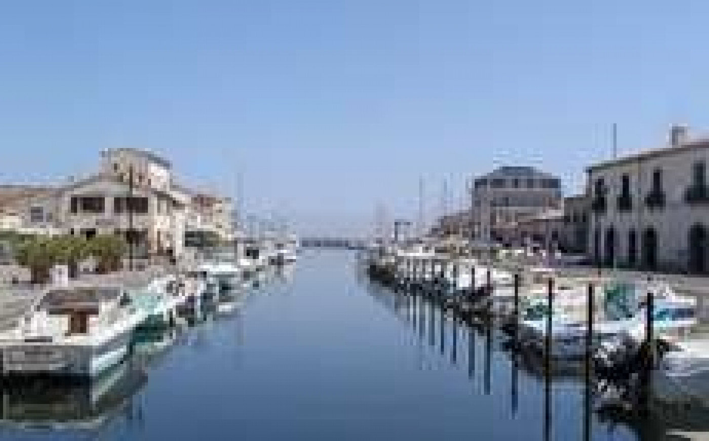 Beautiful apartment with sea view in Marseillan
