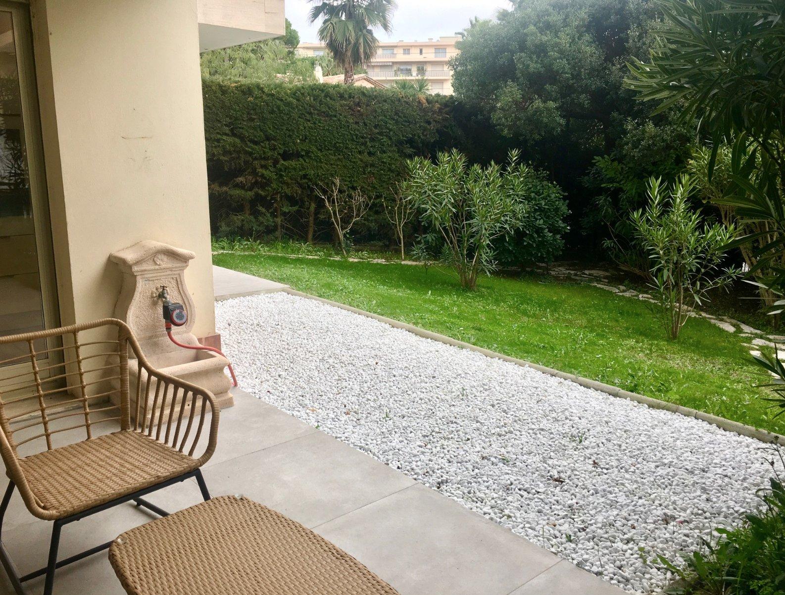 Cannes Montrose RDJ  rénové 3P 72 m2/jardin 151m2