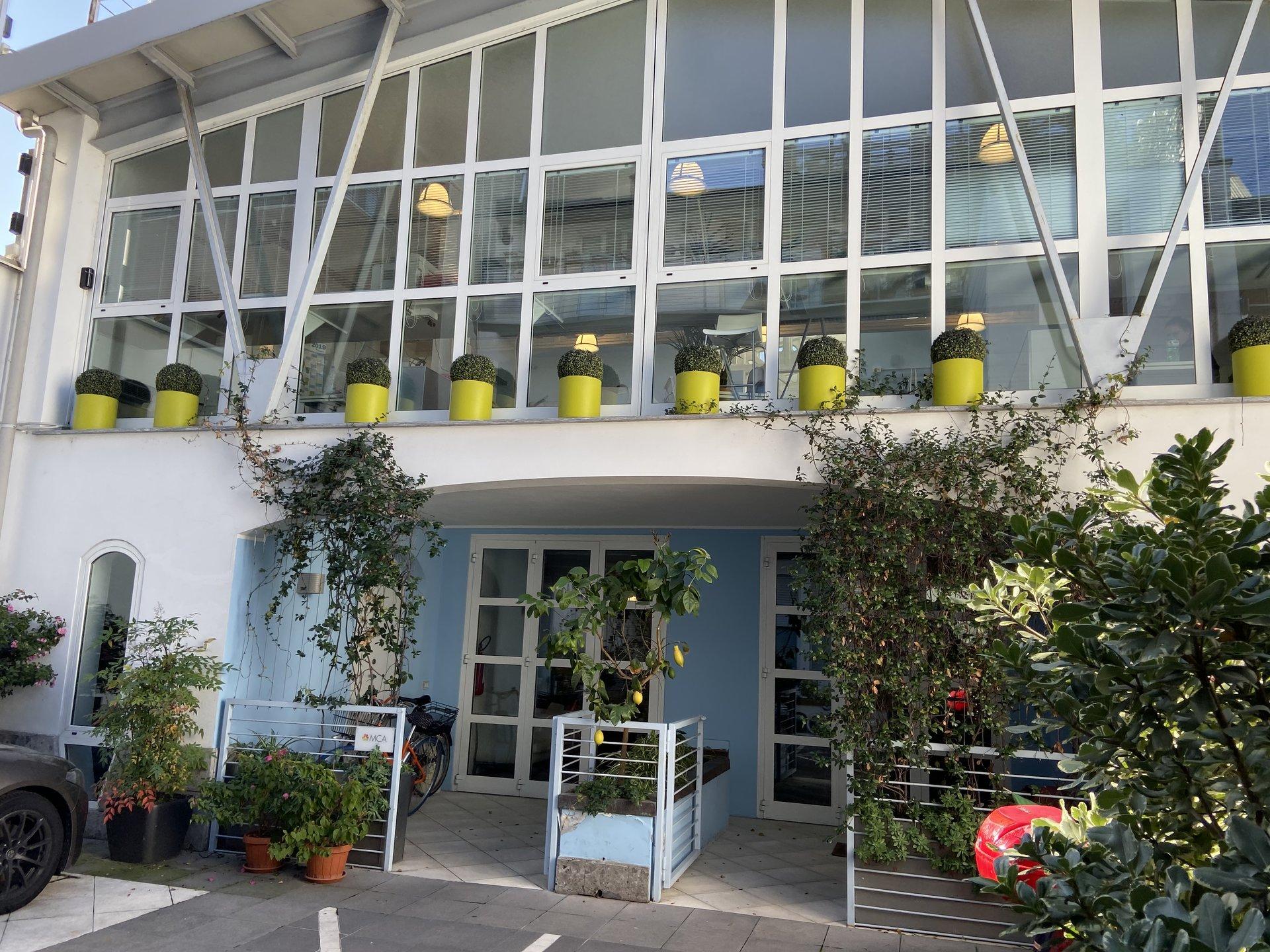 Milano - Via A. Binda : Residenza di charme, loft su due livelli per totali 170 mq .