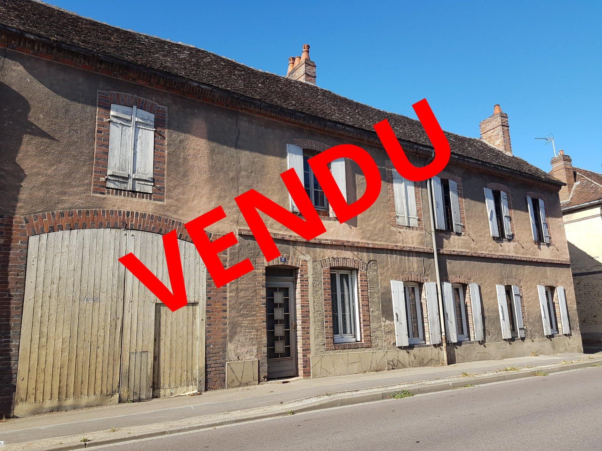 Sale Village house - Armeau