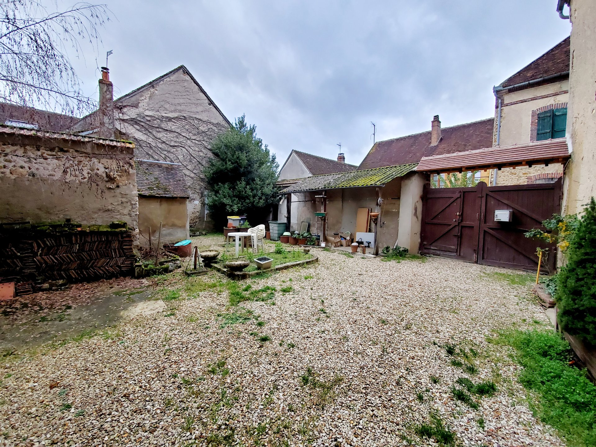 Sale Village house - Armeau
