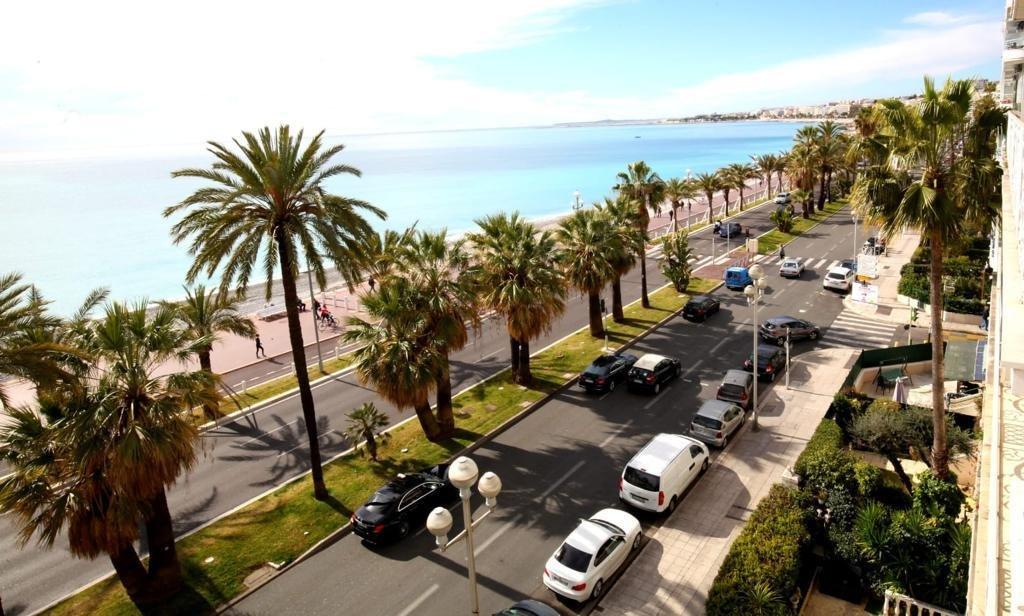 83 promenade