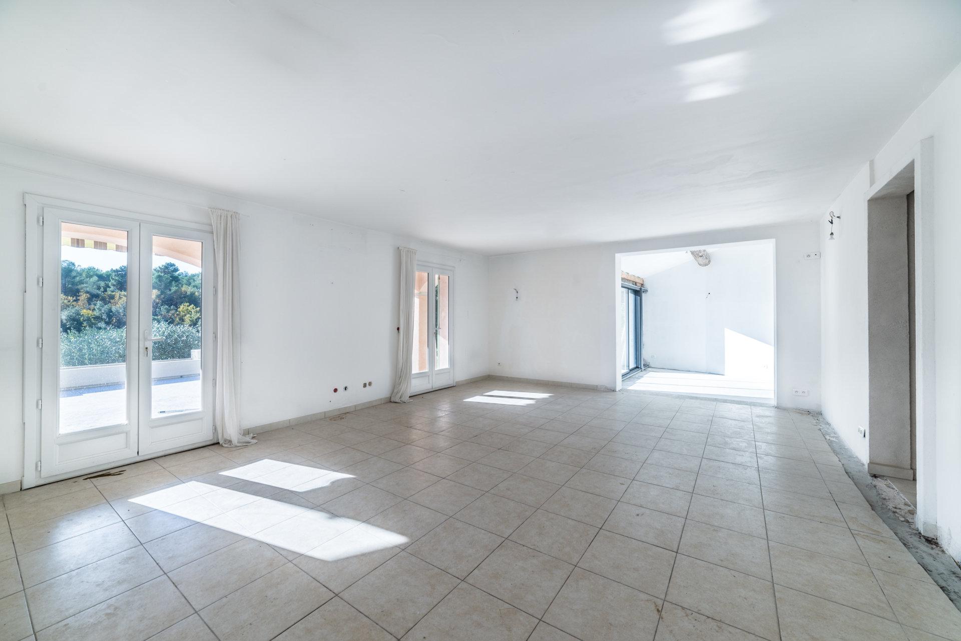 Sale Villa - Saint-Paul-de-Vence