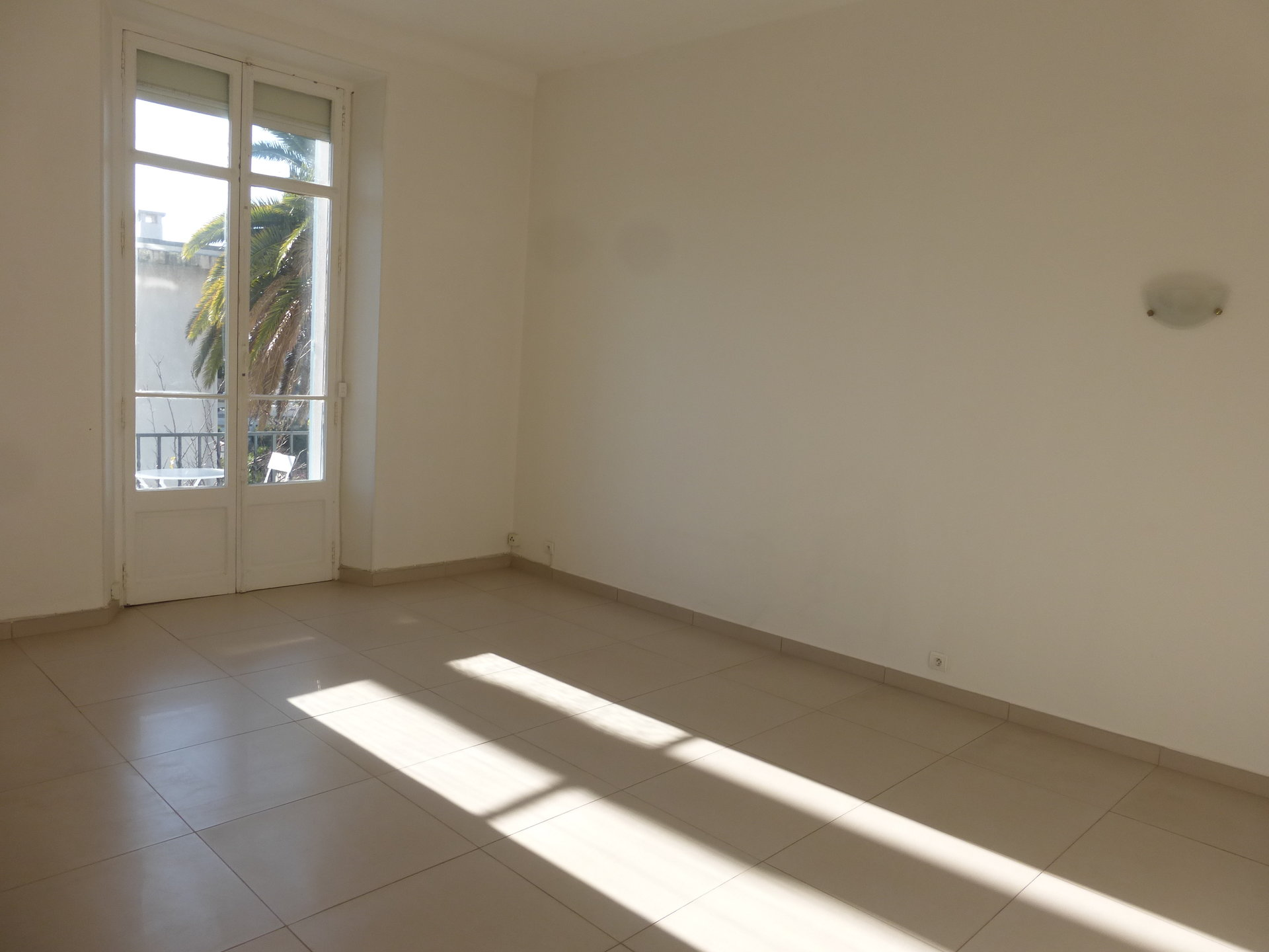 Sale Apartment - Cannes Petit Juas
