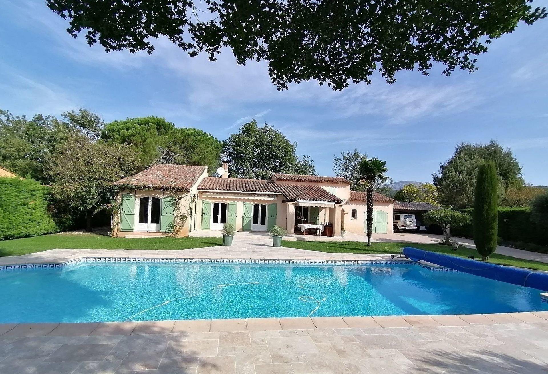 Villa de prestige - 180 m2 avec piscine Saint-Cézaire-Sur-Siagne