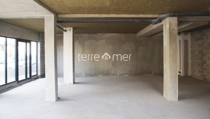 Rental Premises - Uchaud