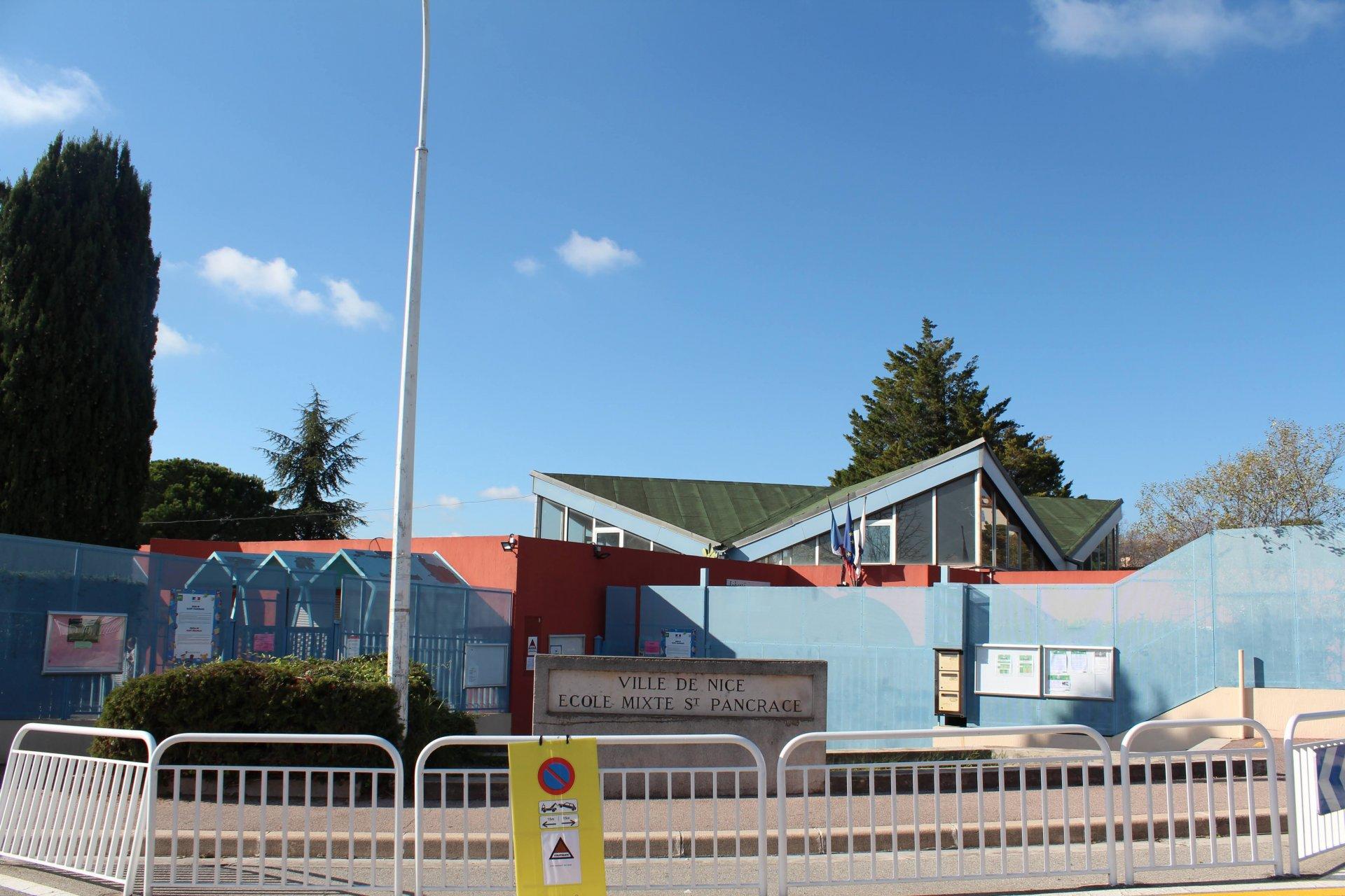 Ecole de Saint Pancrace, a 1 min à pied