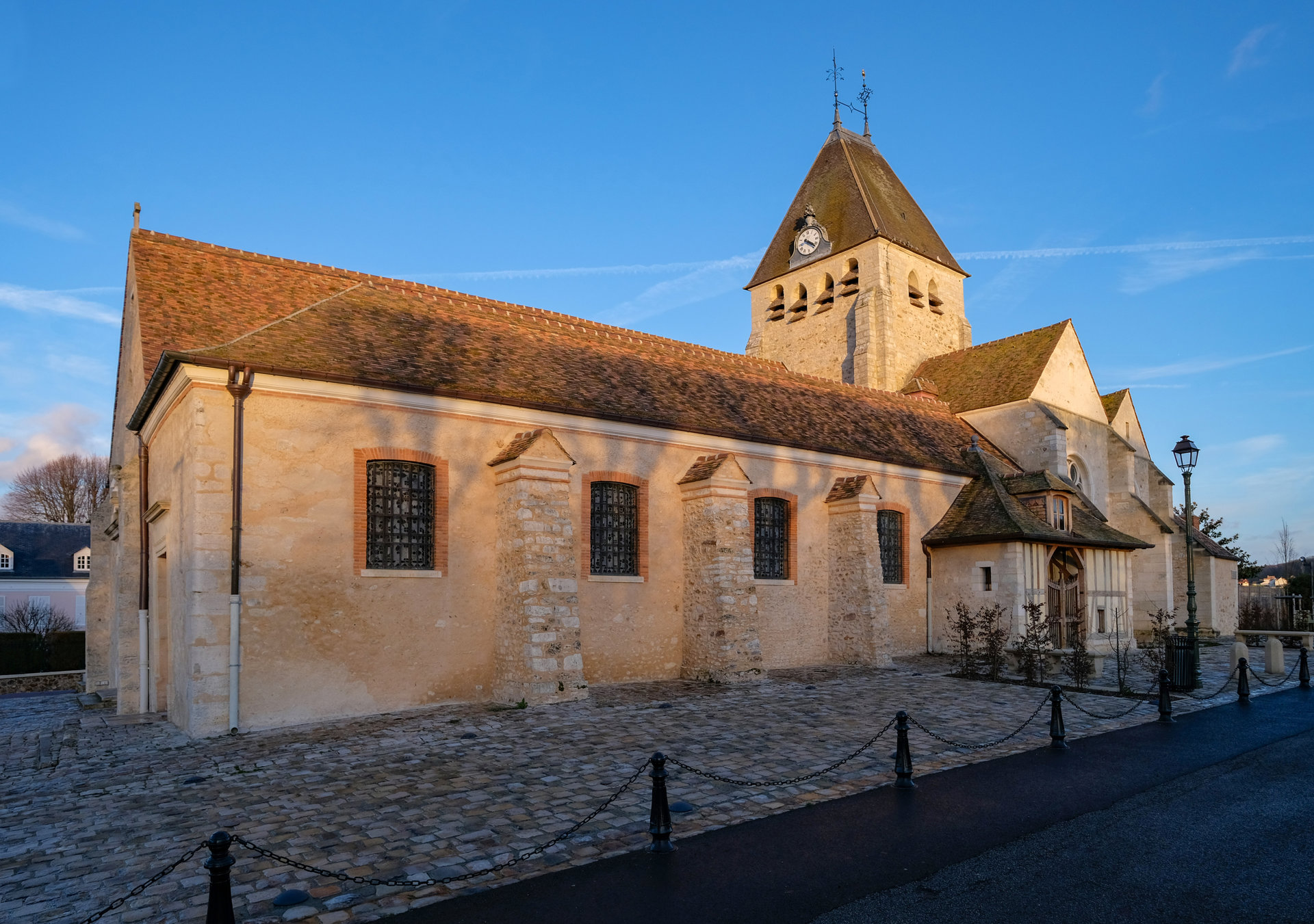 - EXCLUSIVITE - Plaisir Village